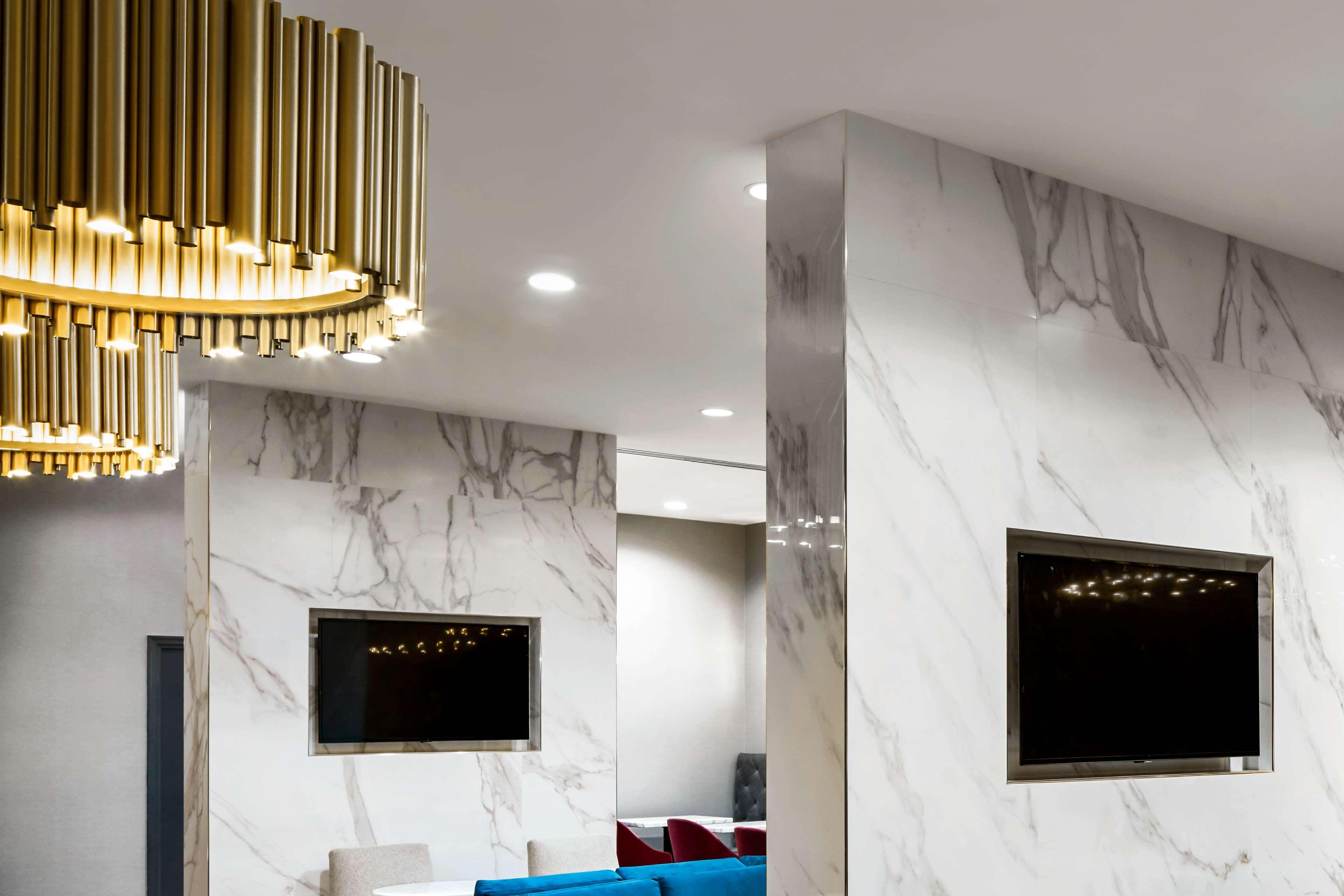 Washington Hilton image 4