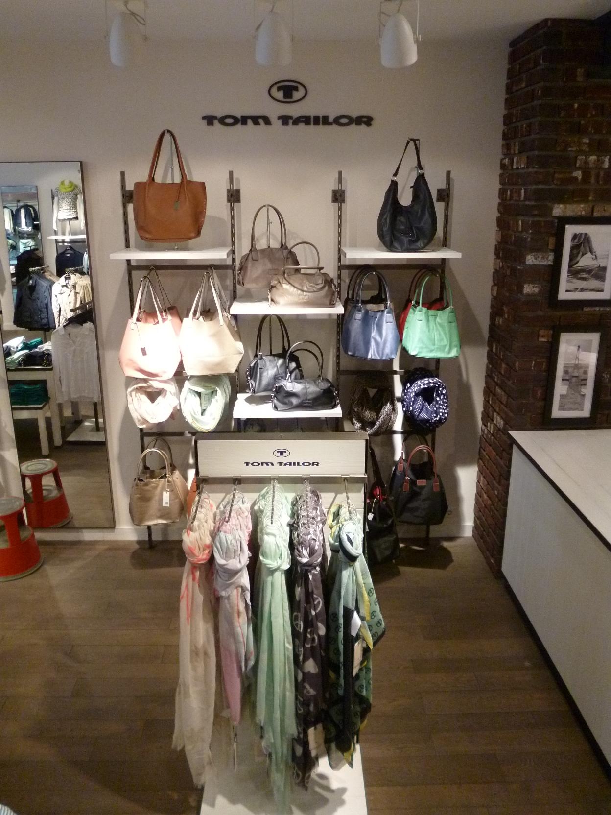 TOM TAILOR Store, Holstenstrasse 80-82 in Kiel
