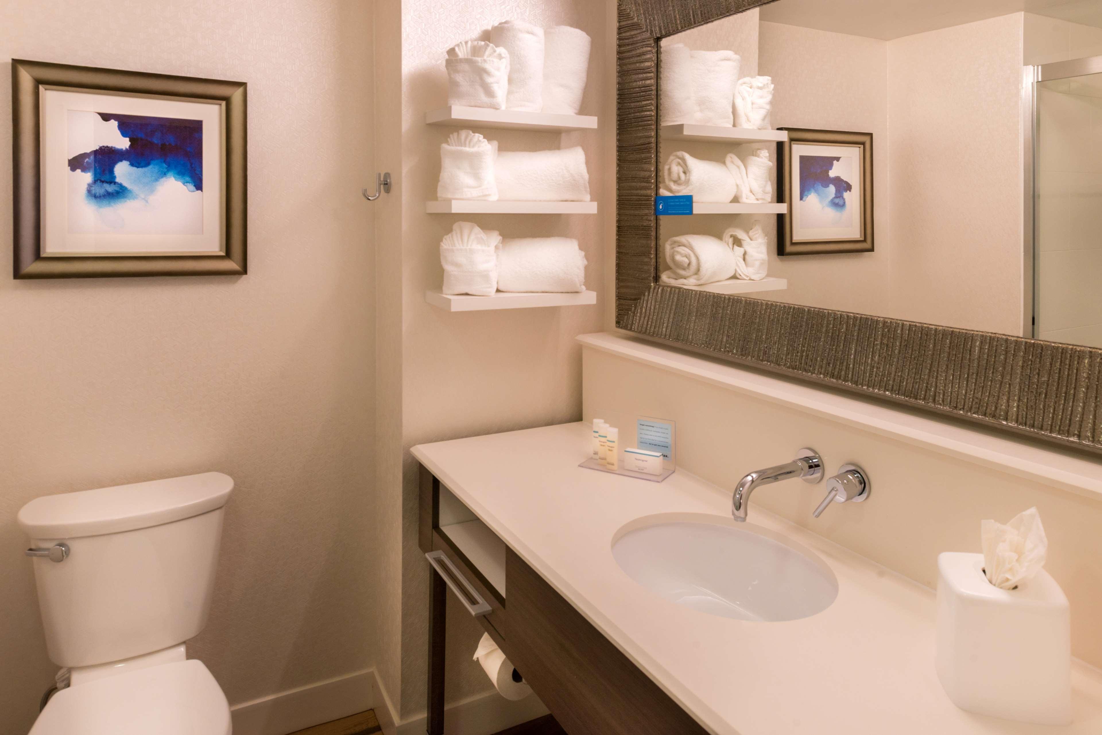 Hampton Inn & Suites Orlando/East UCF Area image 24