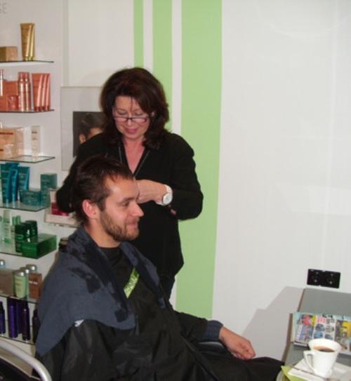 Bild der Friseur Leicht