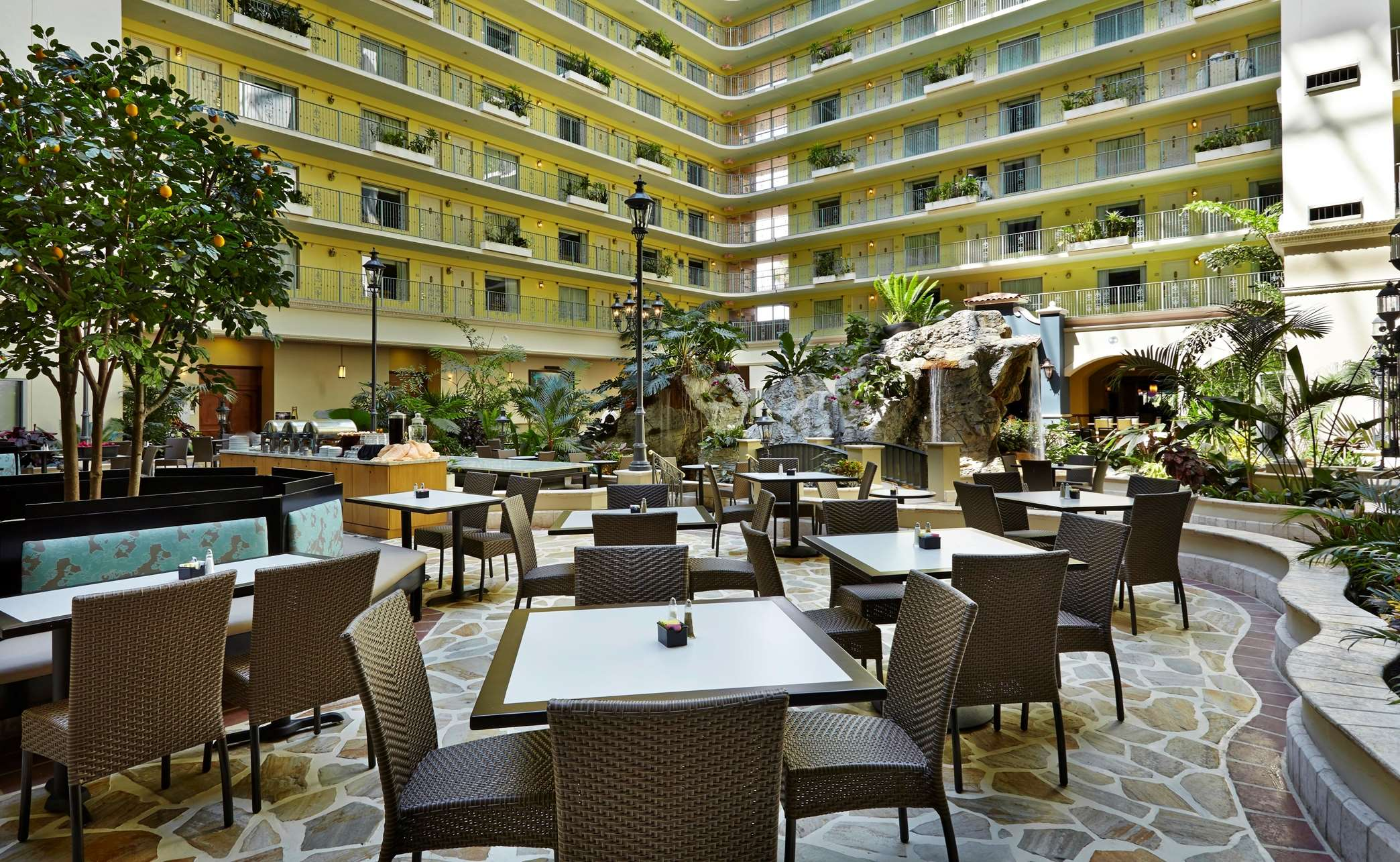 Embassy Suites by Hilton Fort Lauderdale 17th Street image 4