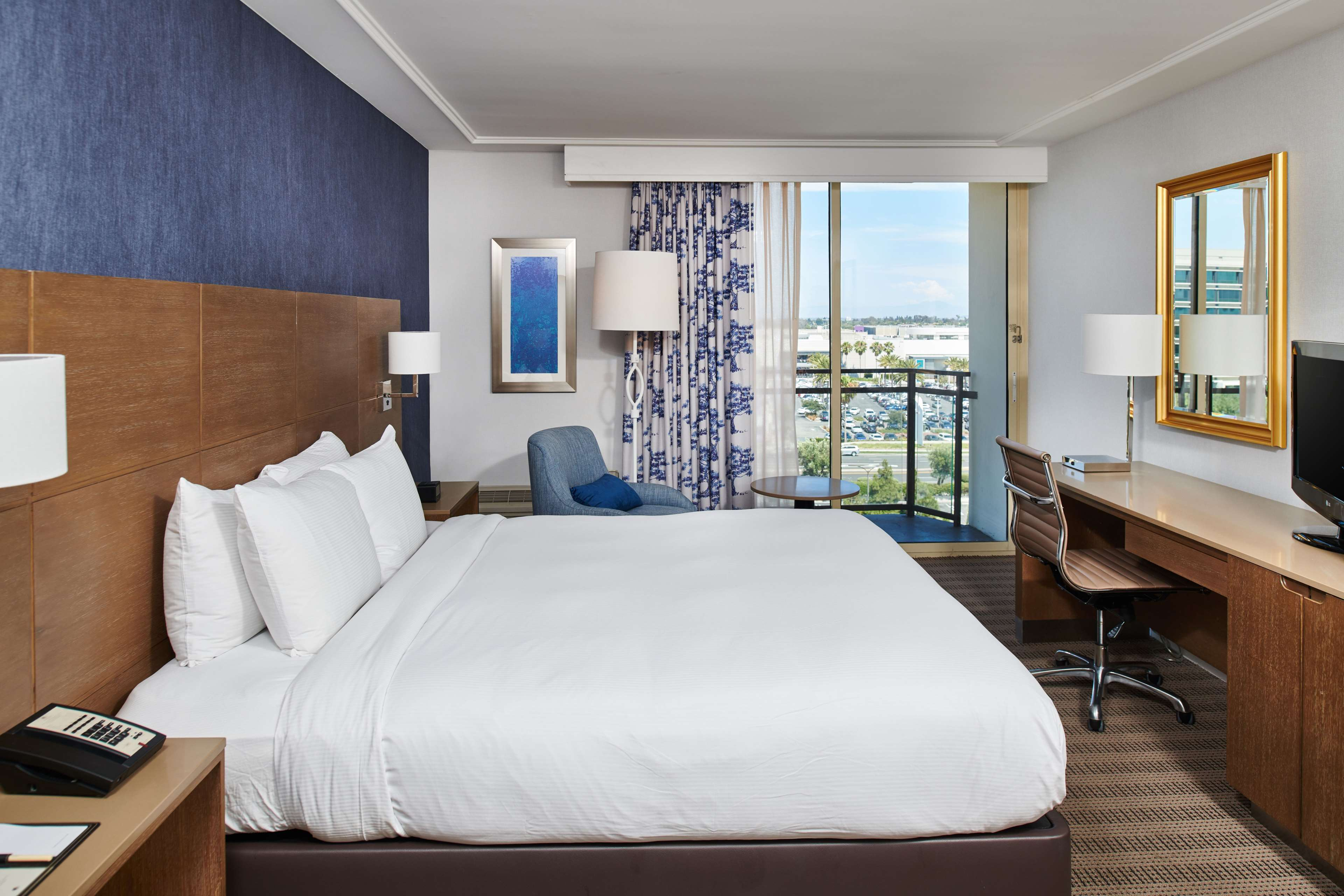 DoubleTree by Hilton Hotel Torrance - South Bay image 33
