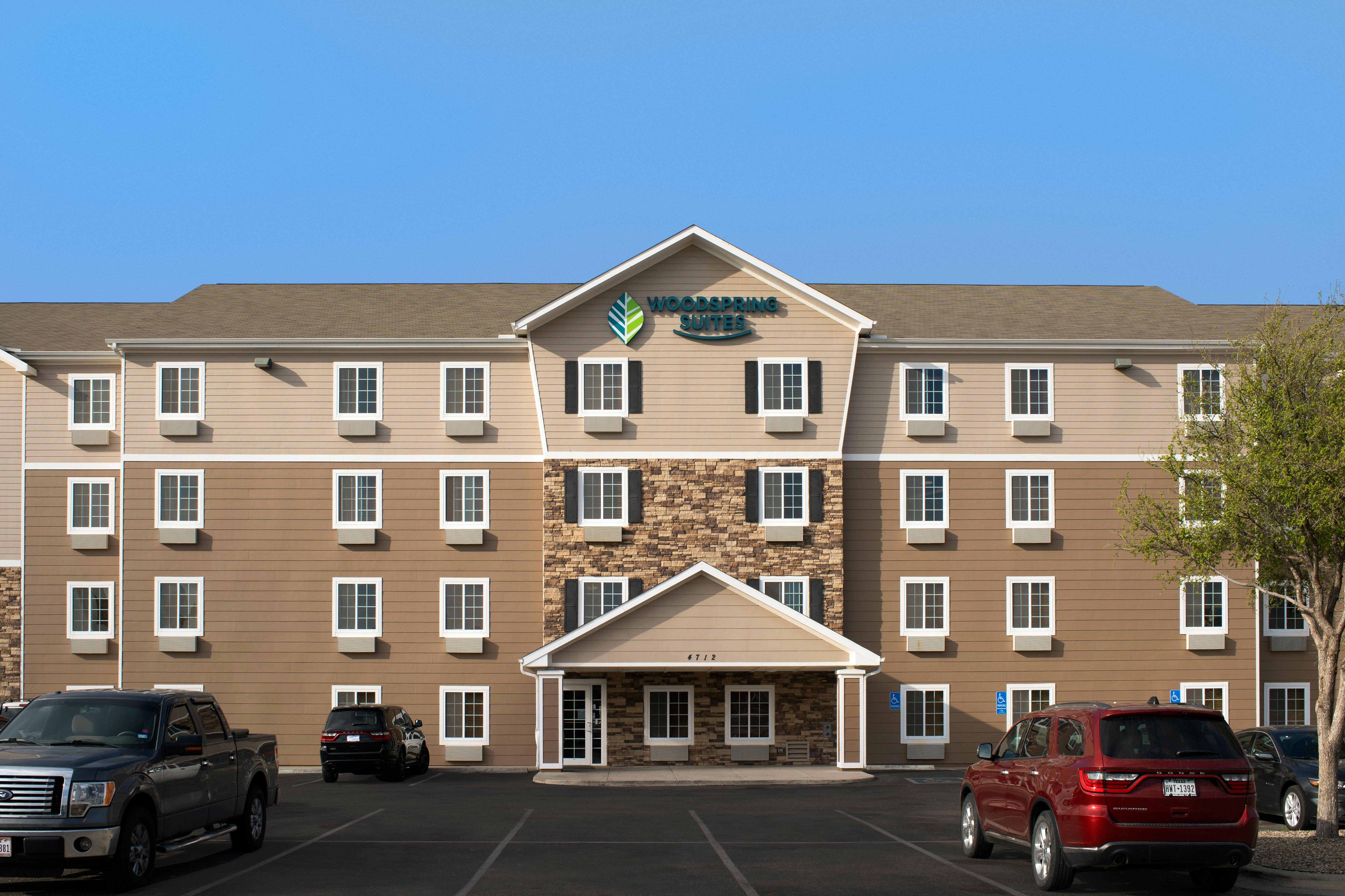 WoodSpring Suites Midland image 1