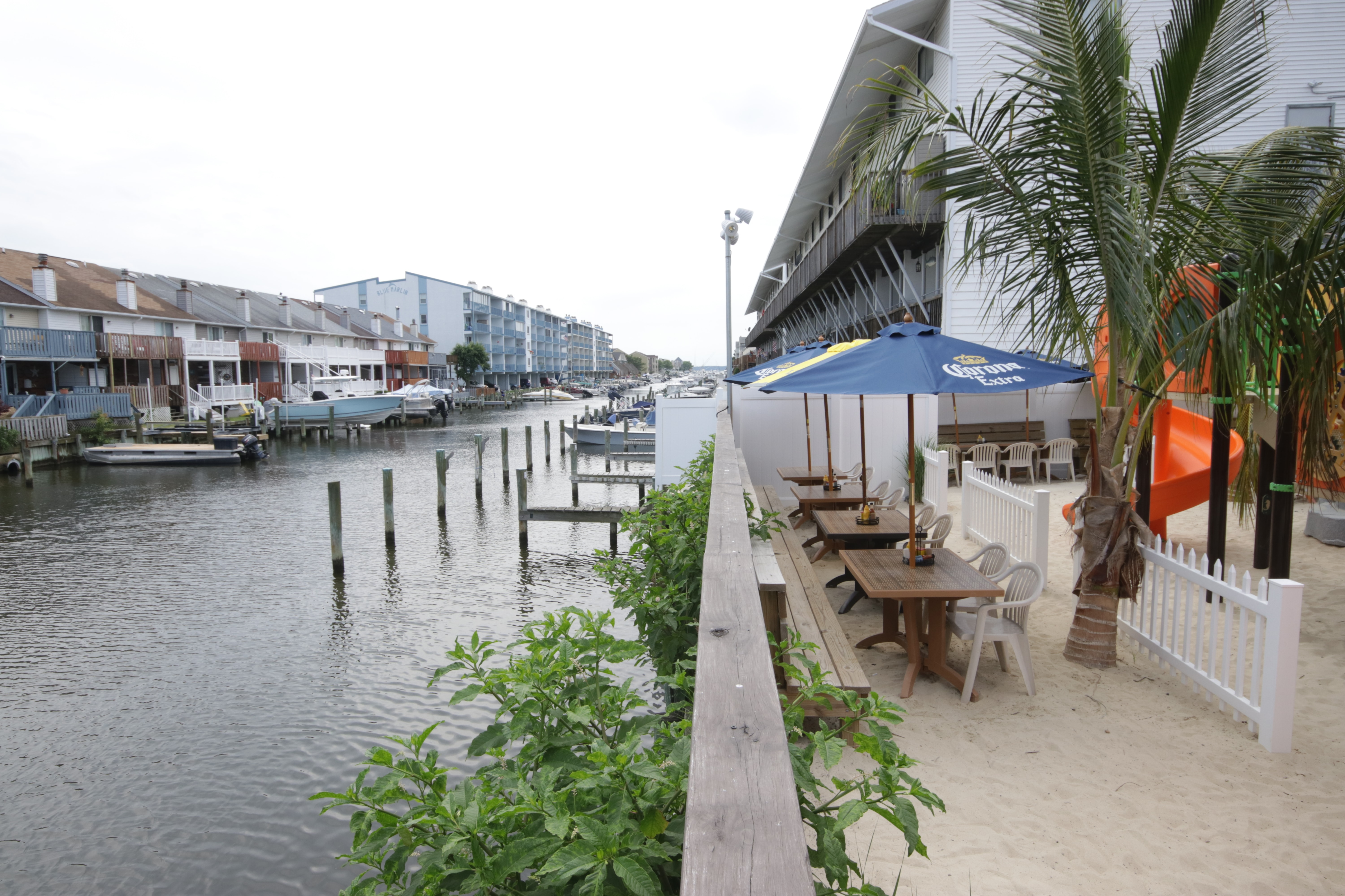 Tailchasers Restaurant & Dock Bar image 1
