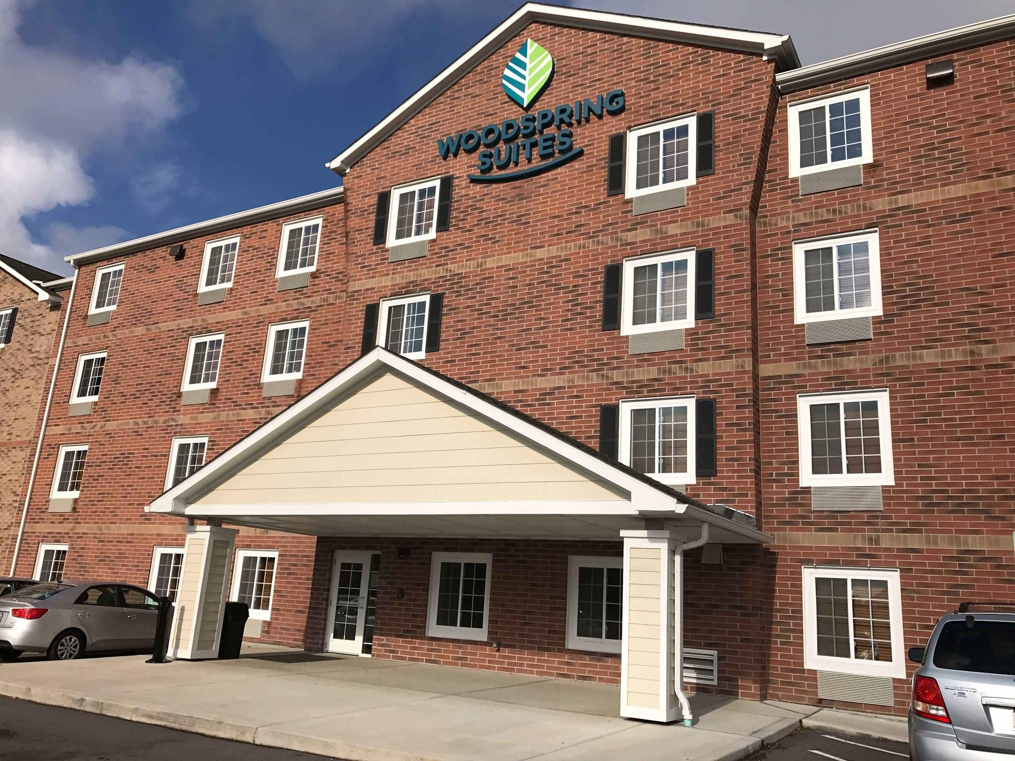 WoodSpring Suites Grand Rapids Holland image 8