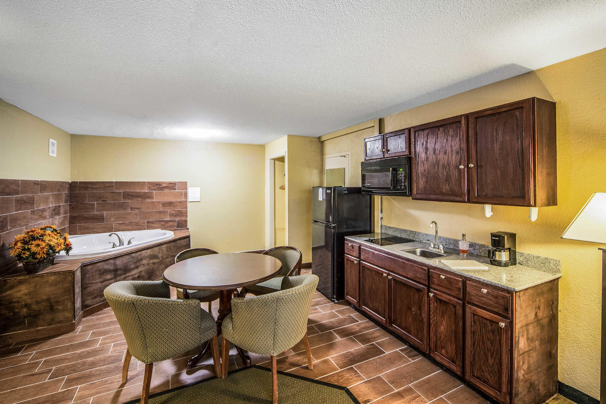 Suburban Extended Stay Hotel image 19