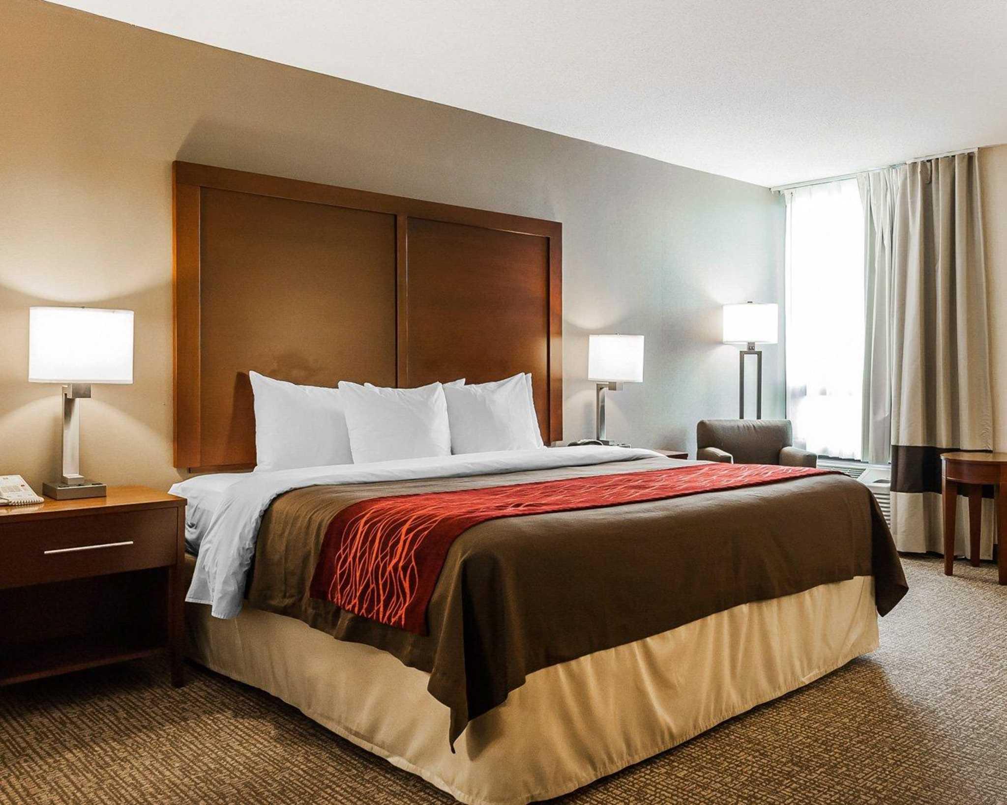 Comfort Inn Denver East image 3