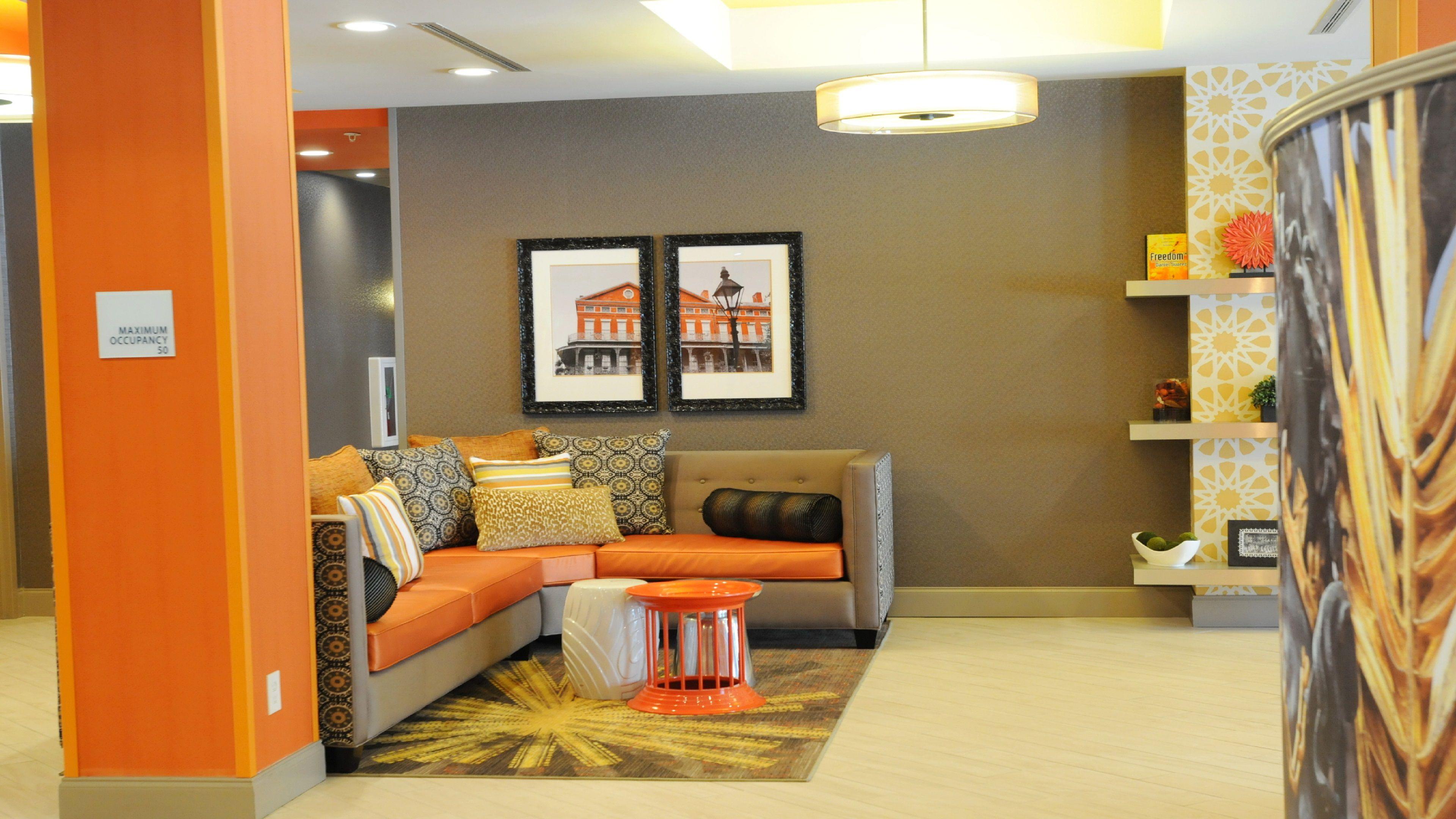 Holiday Inn Express Covington-Madisonville image 3
