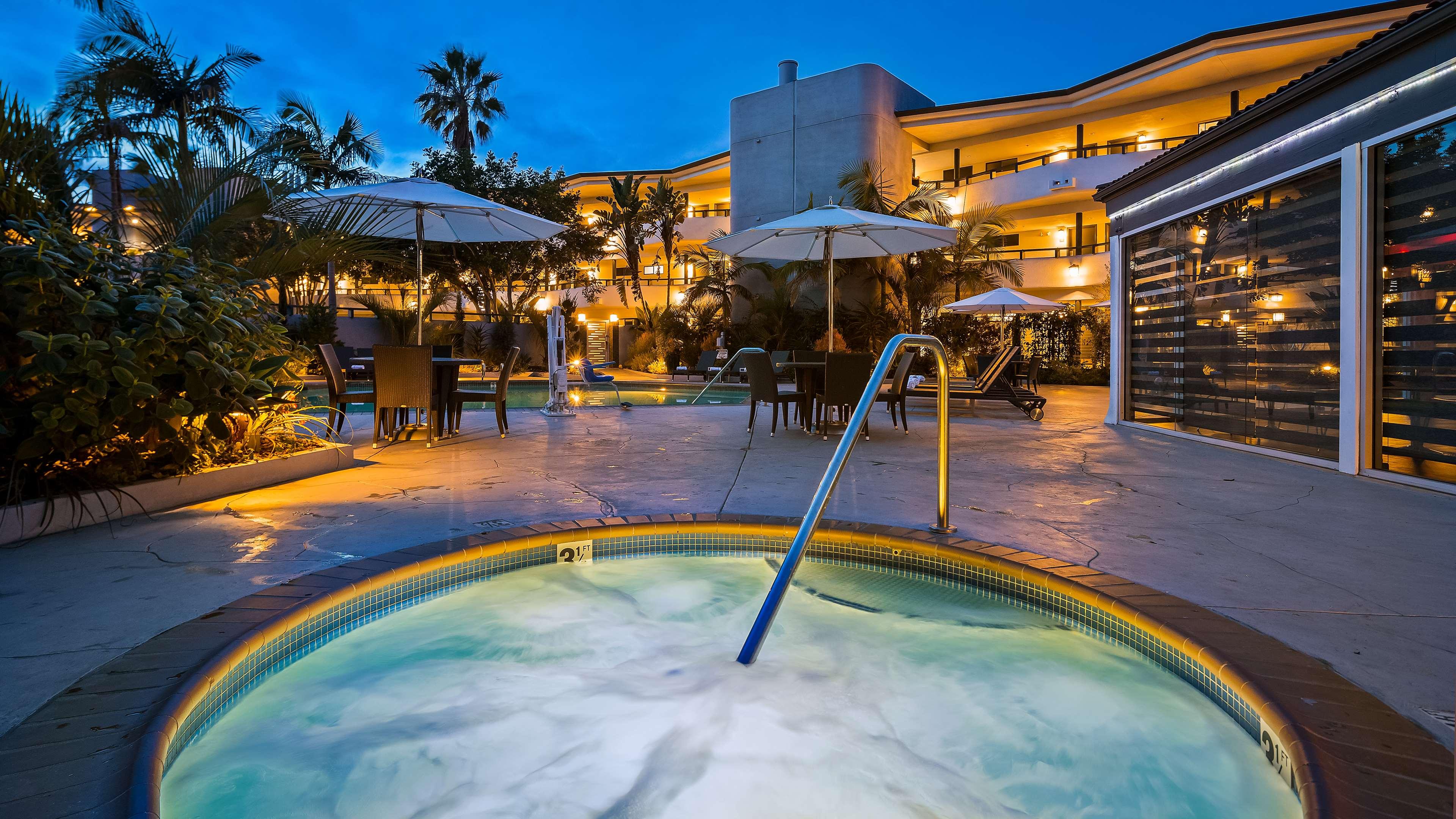 Best Western Encinitas Inn & Suites at Moonlight Beach image 25