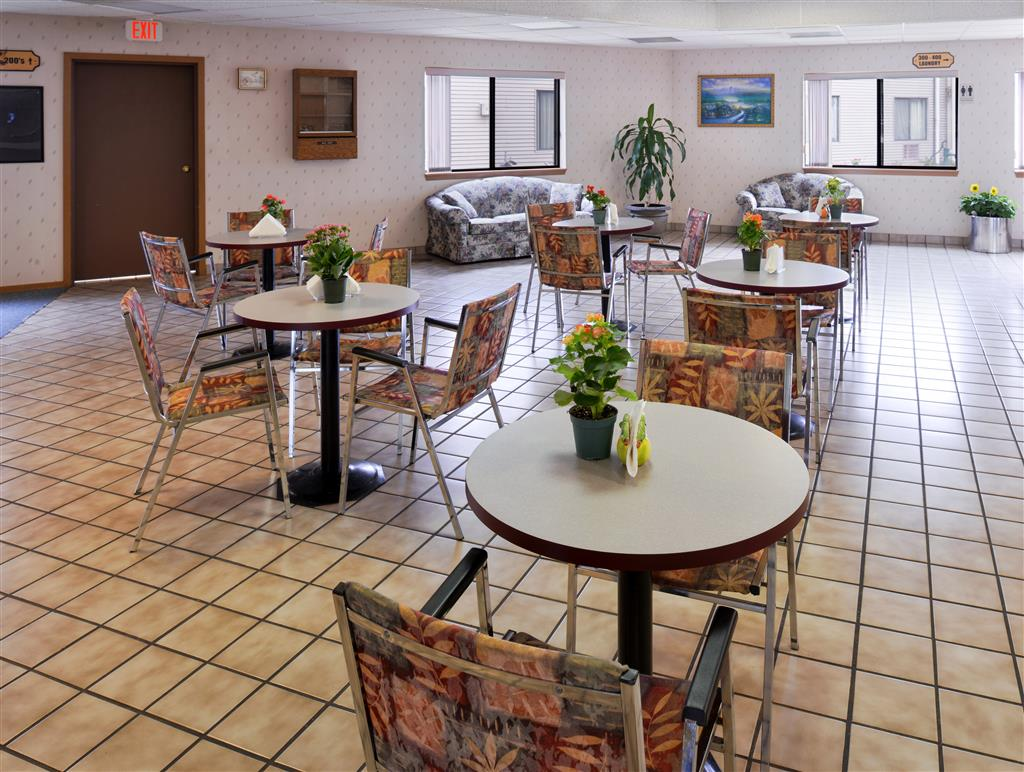 Americas Best Value Inn La Crosse image 39