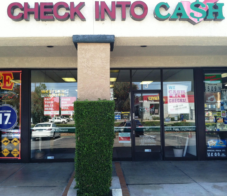 Check Into Cash - ad image