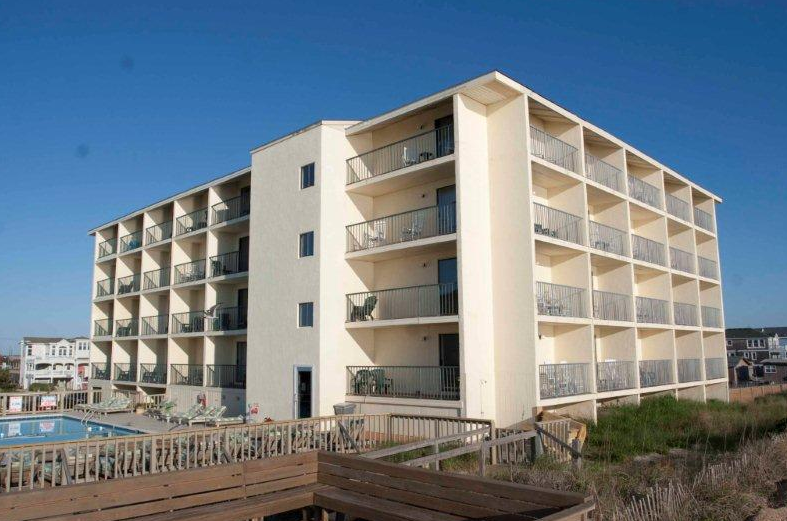 surf side hotel in nags head nc 27959 citysearch. Black Bedroom Furniture Sets. Home Design Ideas