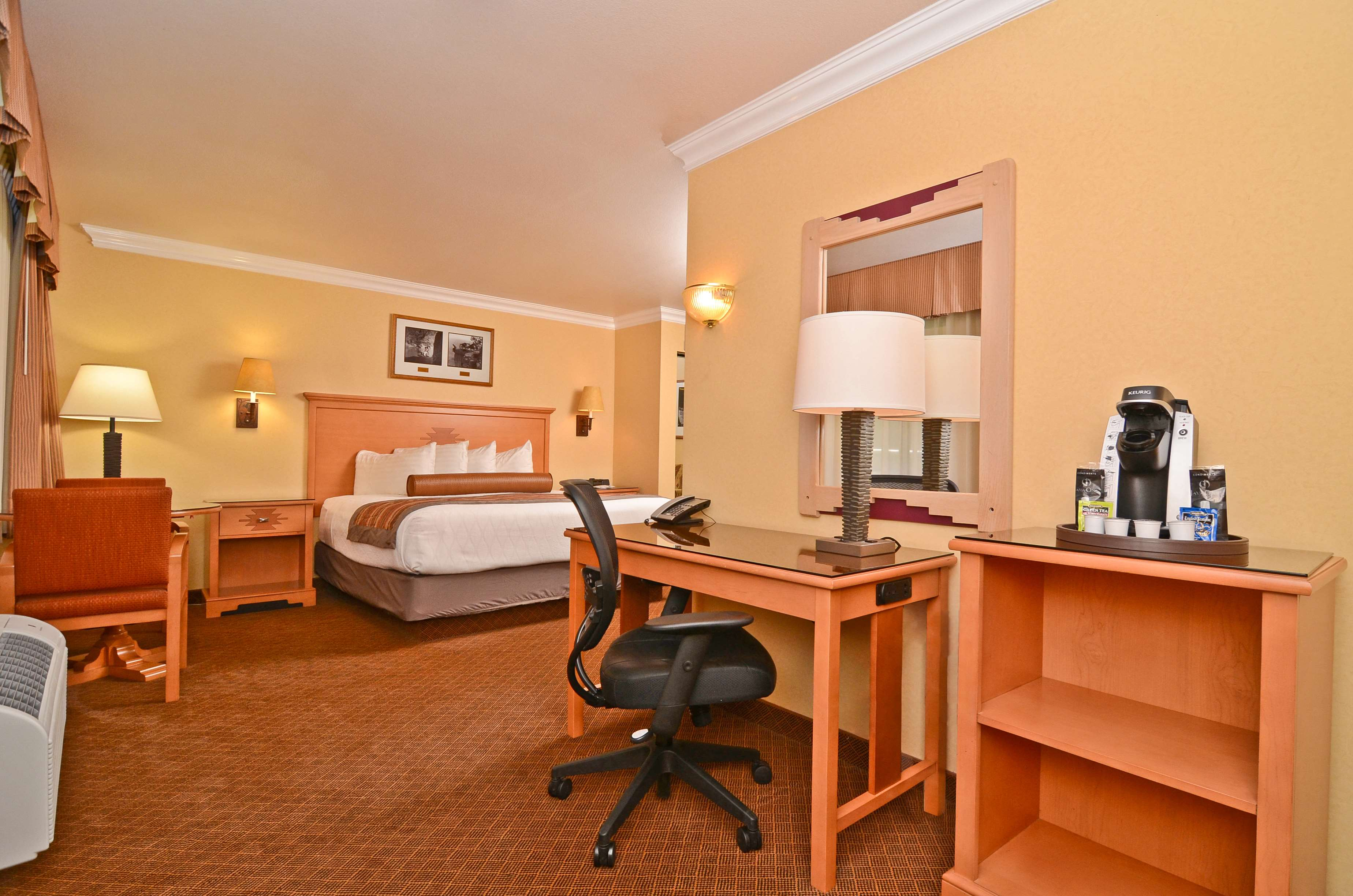 Best Western Premier Grand Canyon Squire Inn image 47