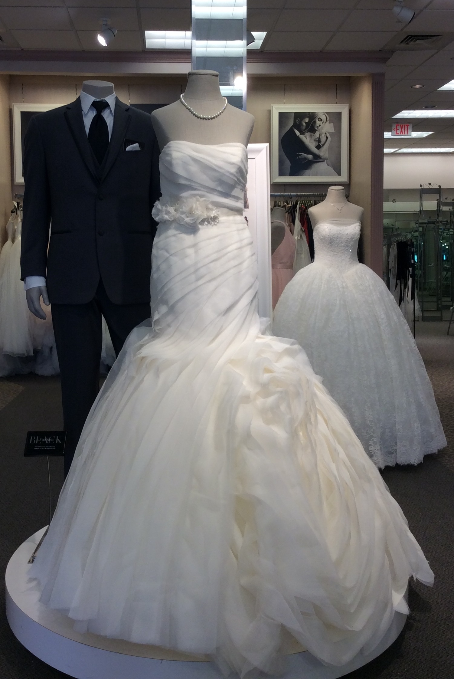 David 39 s bridal in south burlington vt 802 881 0 for Wedding dresses burlington vt