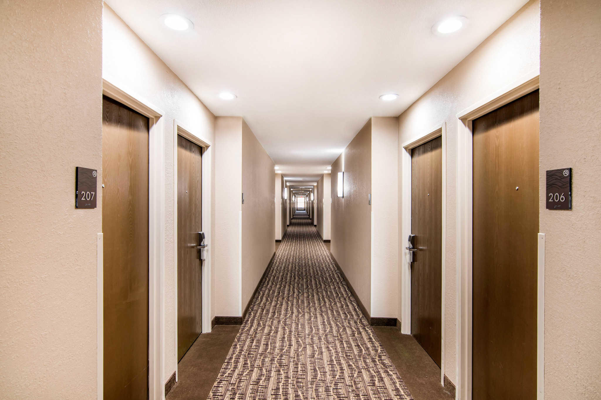 Comfort Inn & Suites Junction City - near Fort Riley image 6