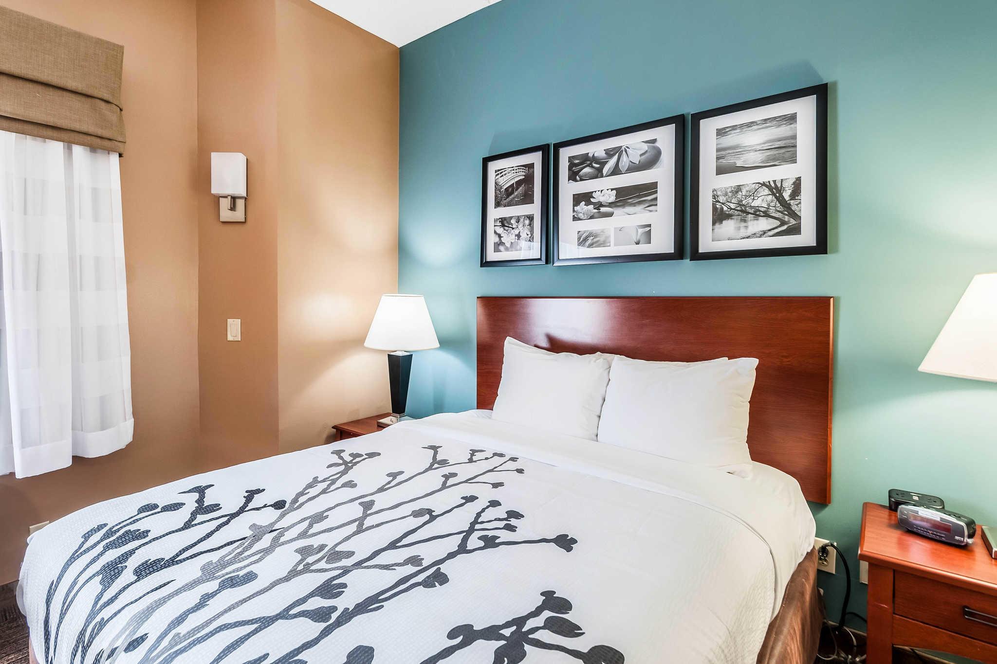 Sleep Inn & Suites Rehoboth Beach image 7