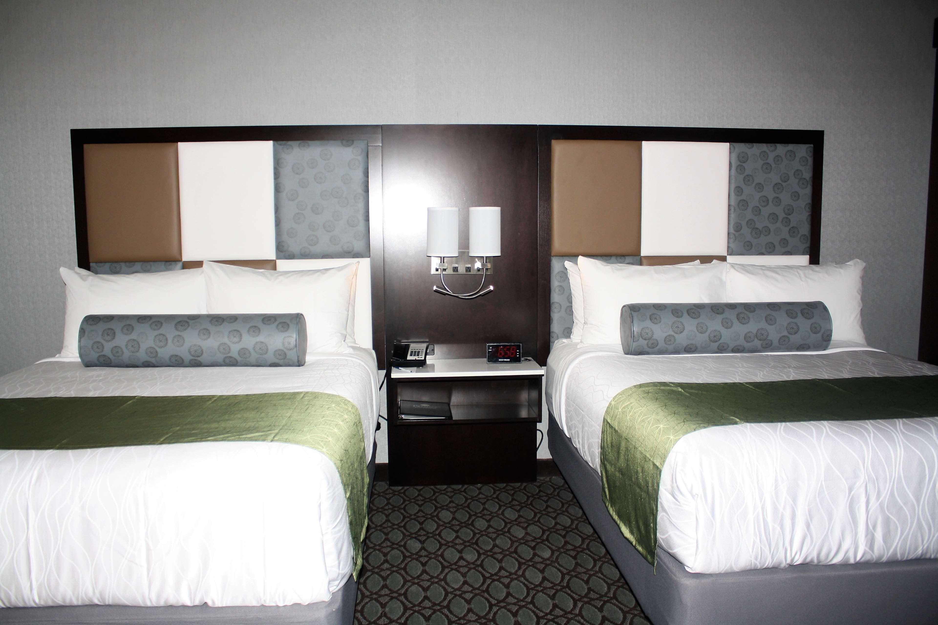 Best Western Premier NYC Gateway Hotel image 22
