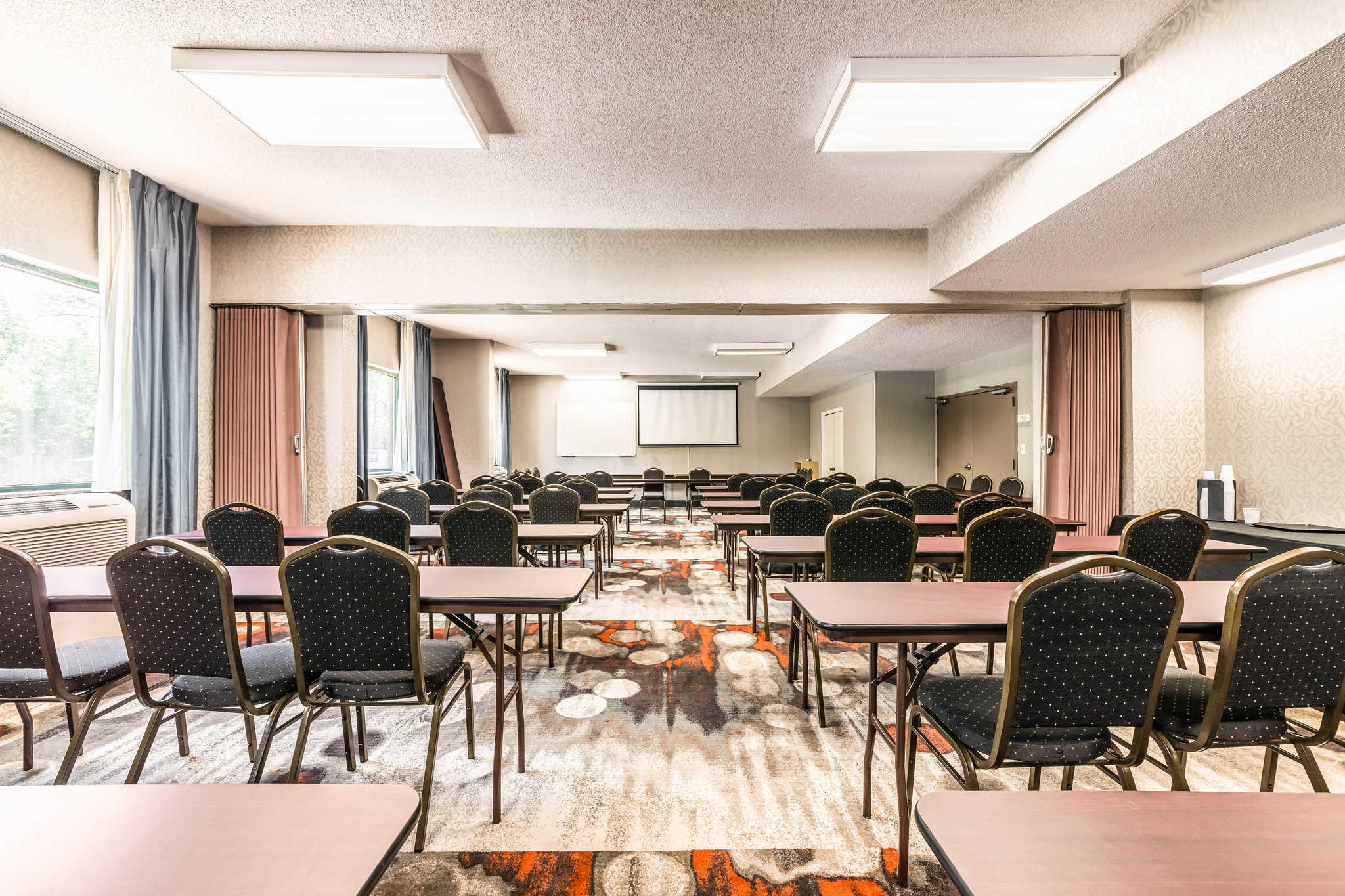 Clarion Inn & Suites image 41