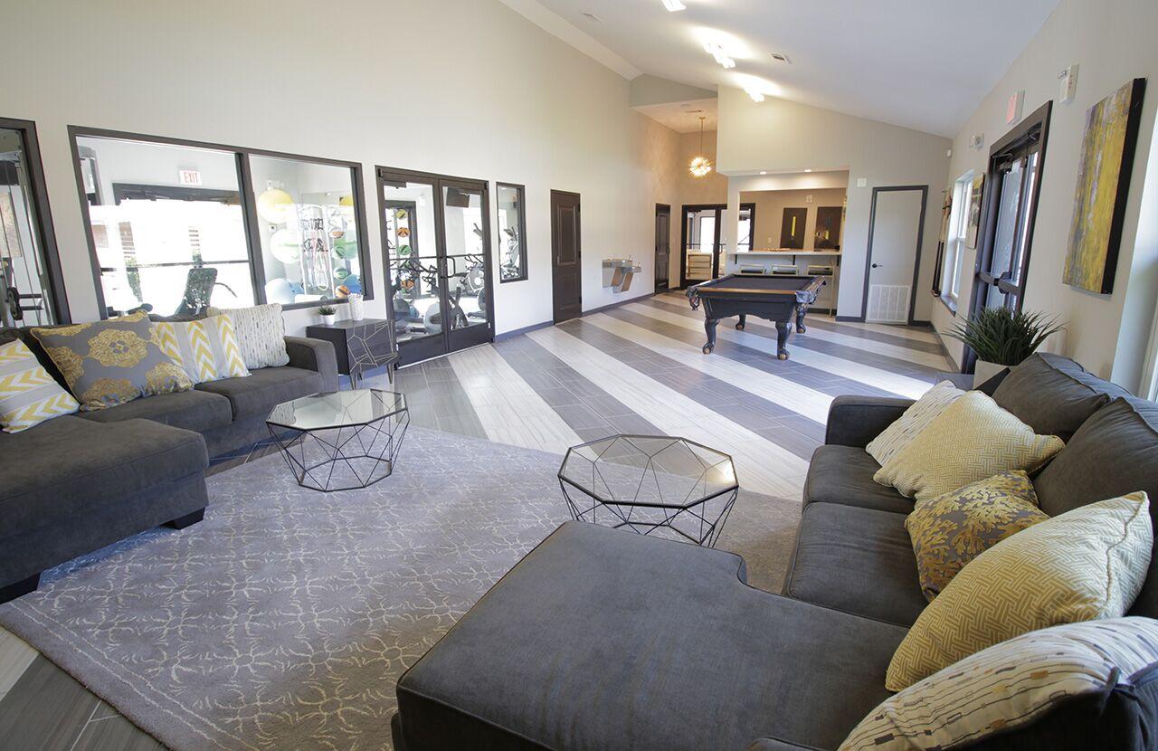 The Hub at Baton Rouge Apartment Homes image 28