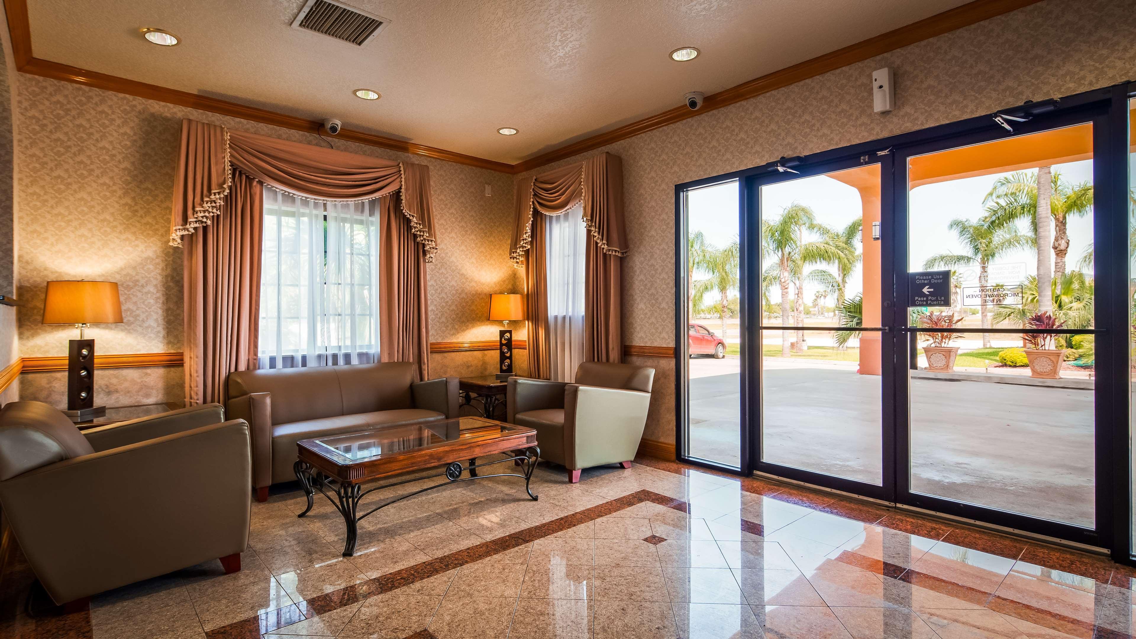 SureStay Hotel by Best Western Falfurrias image 25