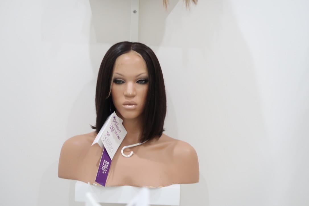 Shop Lace Wigs image 30
