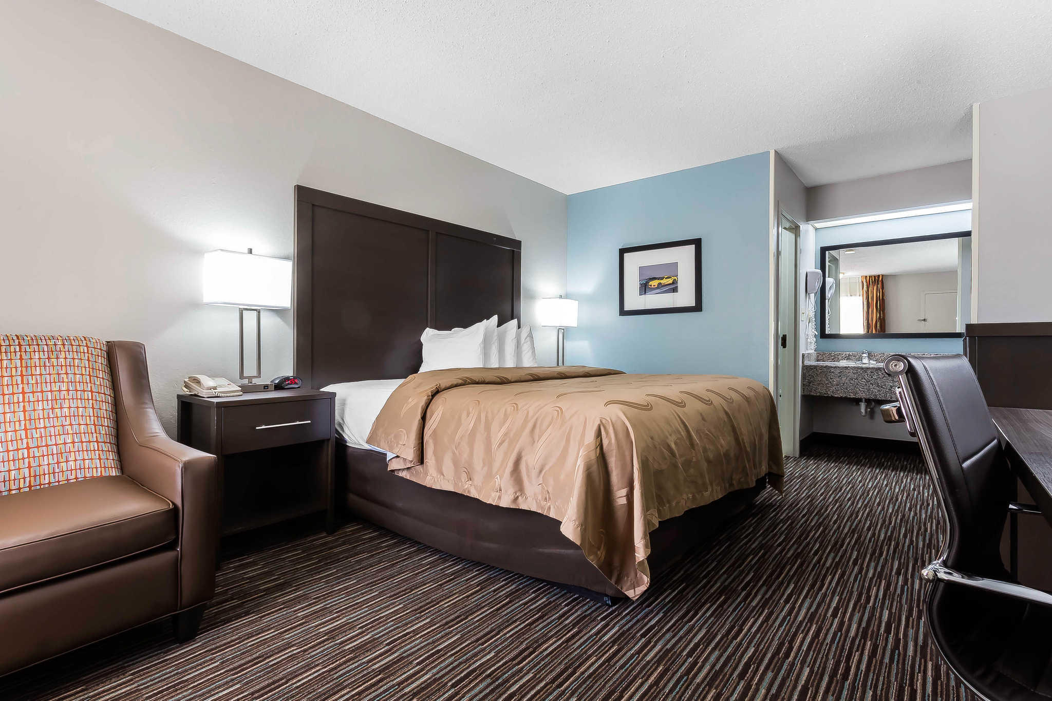 Quality Inn & Suites Mooresville-Lake Norman image 15