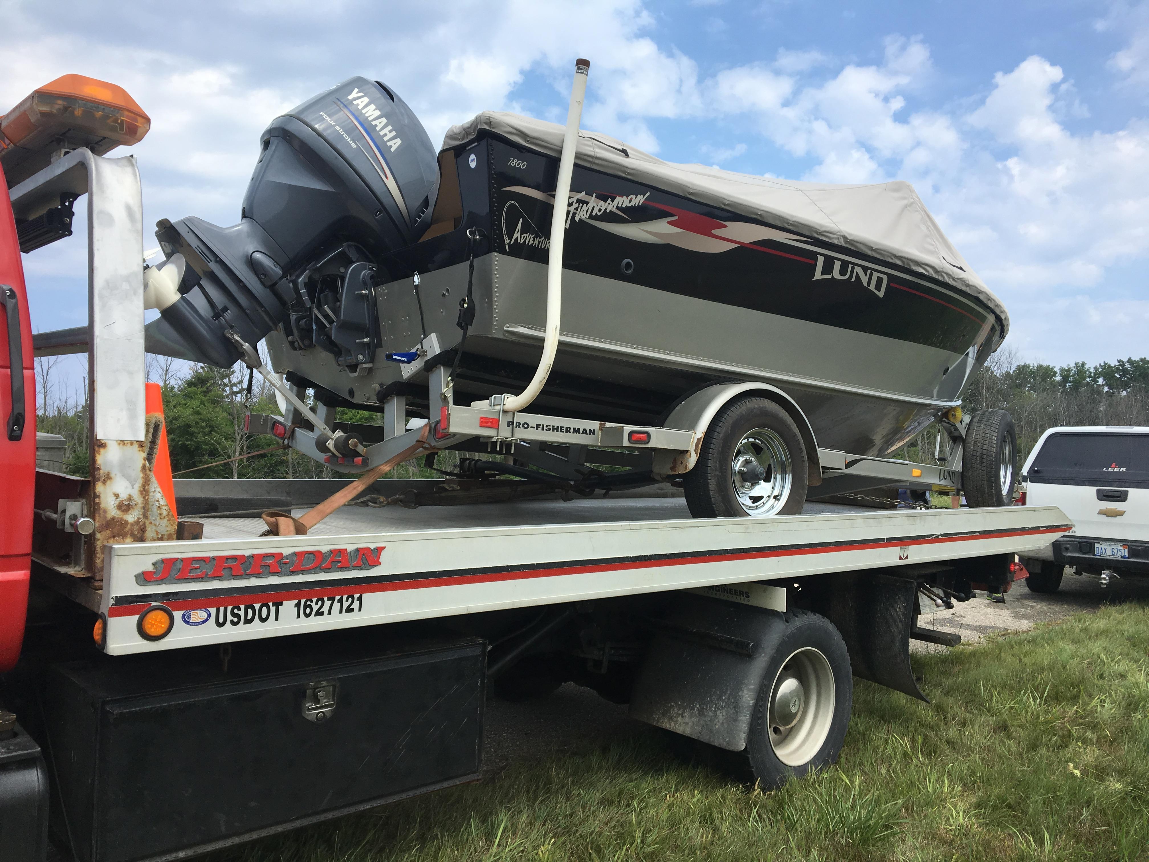 Oak Beach Auto Repair & Towing image 7