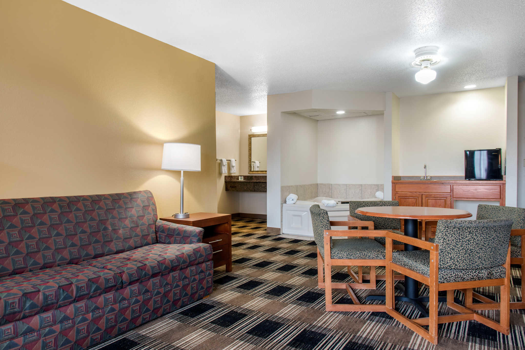 Quality Inn image 25