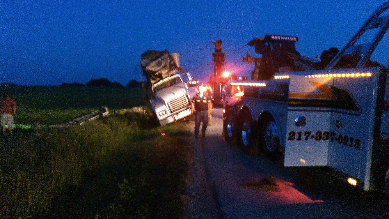Reynolds Towing Service image 21