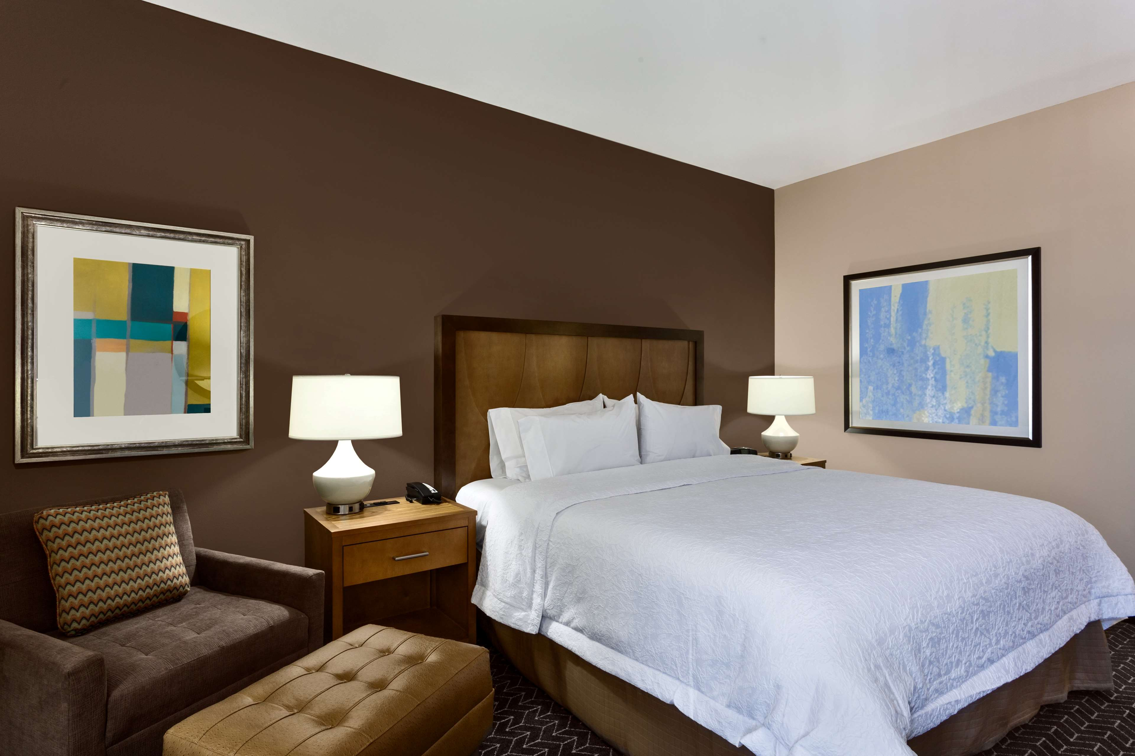 Hampton Inn and Suites Clayton/St Louis-Galleria Area image 28