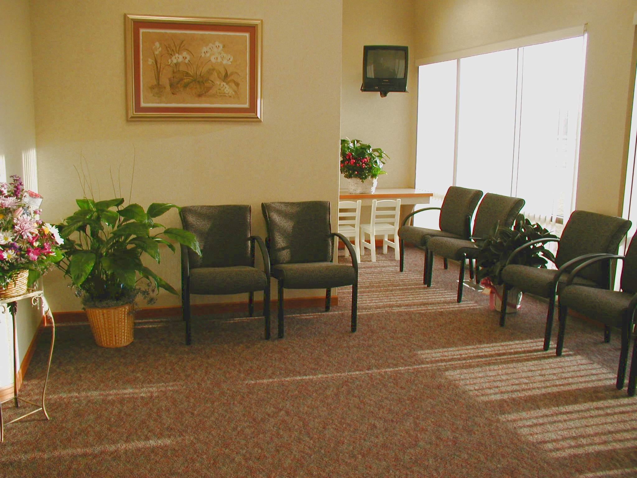 Dr. Stephanie Gruenes Center for Cosmetics Dentistry image 1