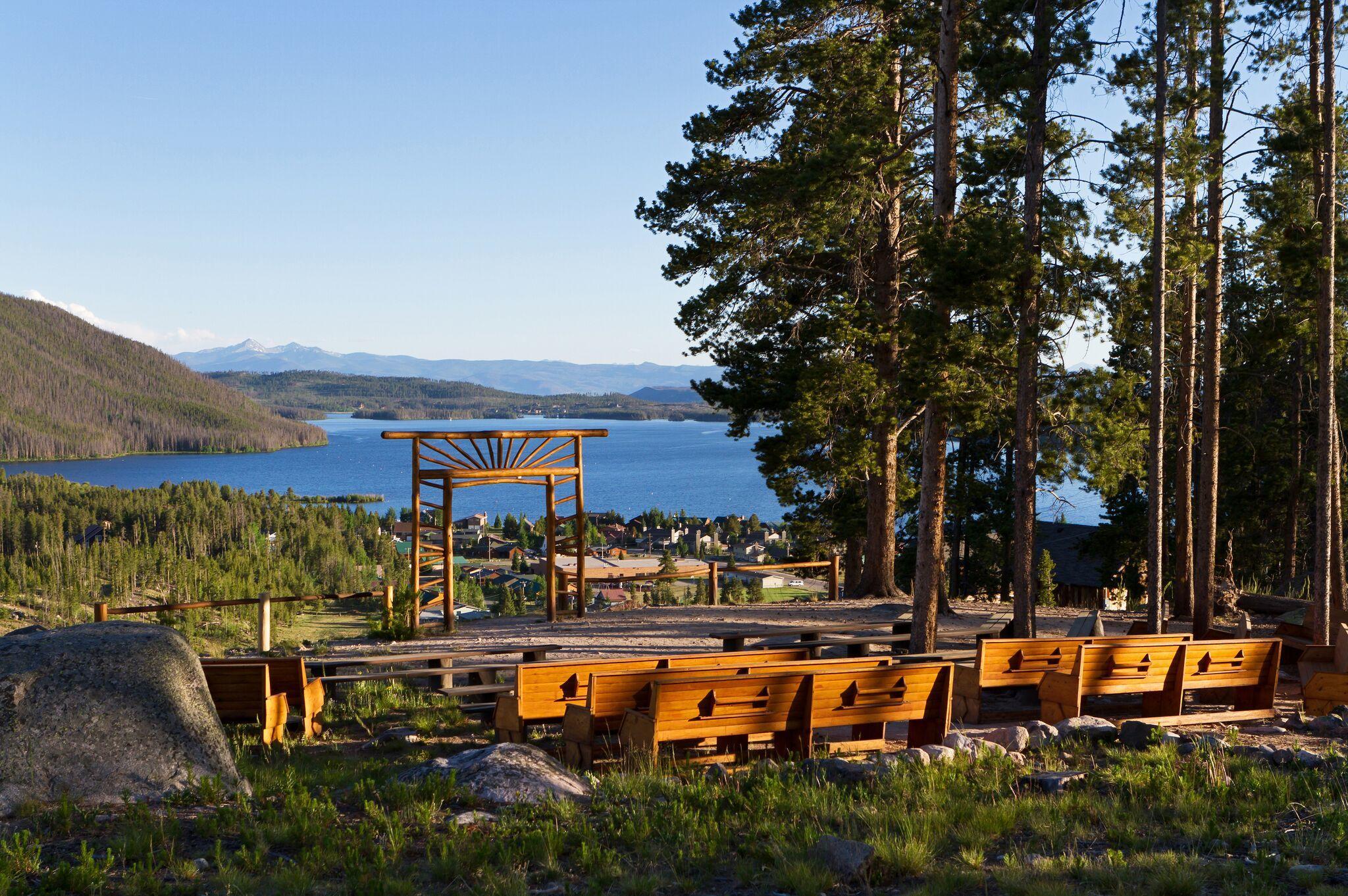 Grand Lake Lodge image 2