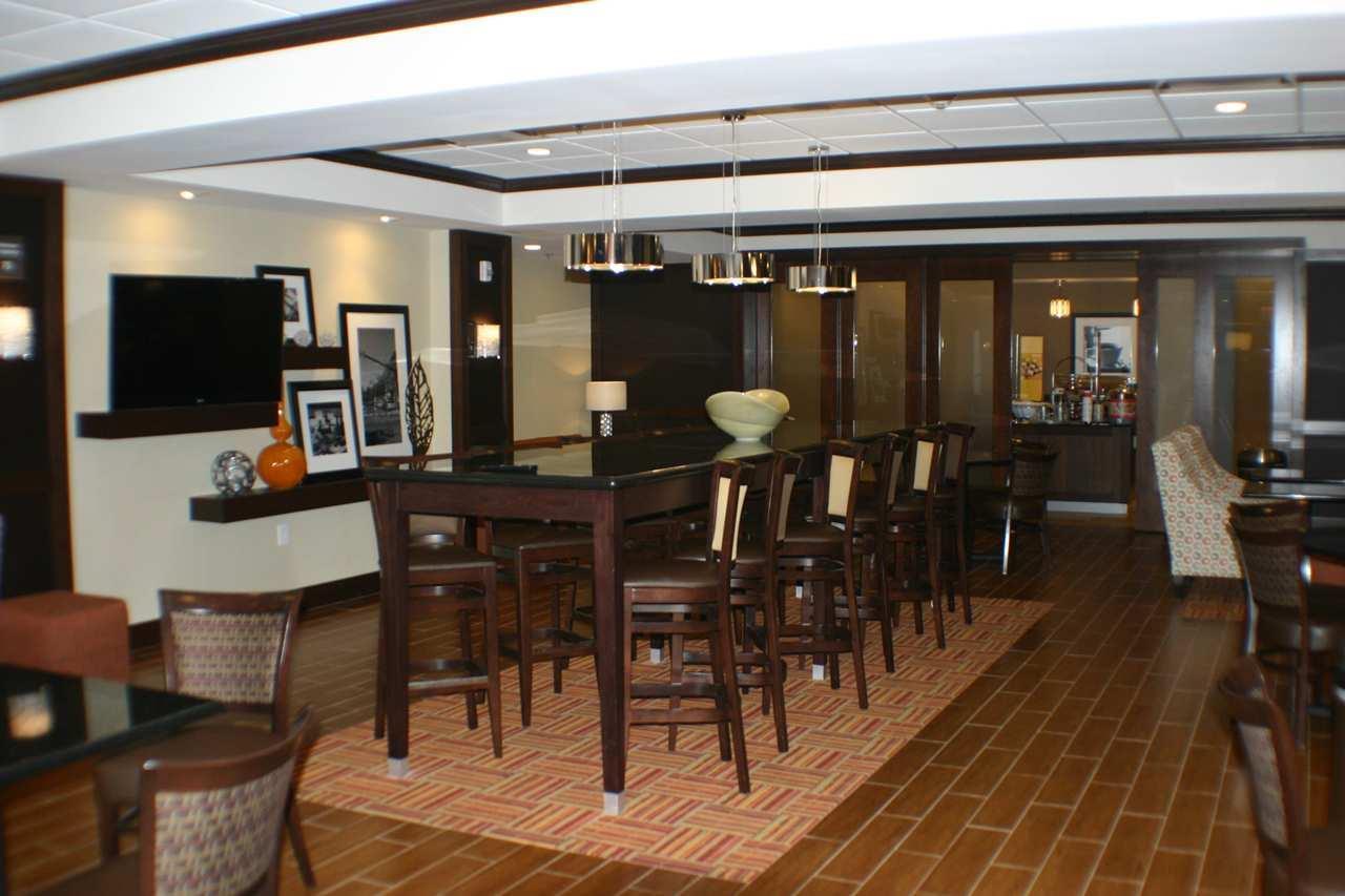 Hampton Inn Limerick-Philadelphia Area image 2