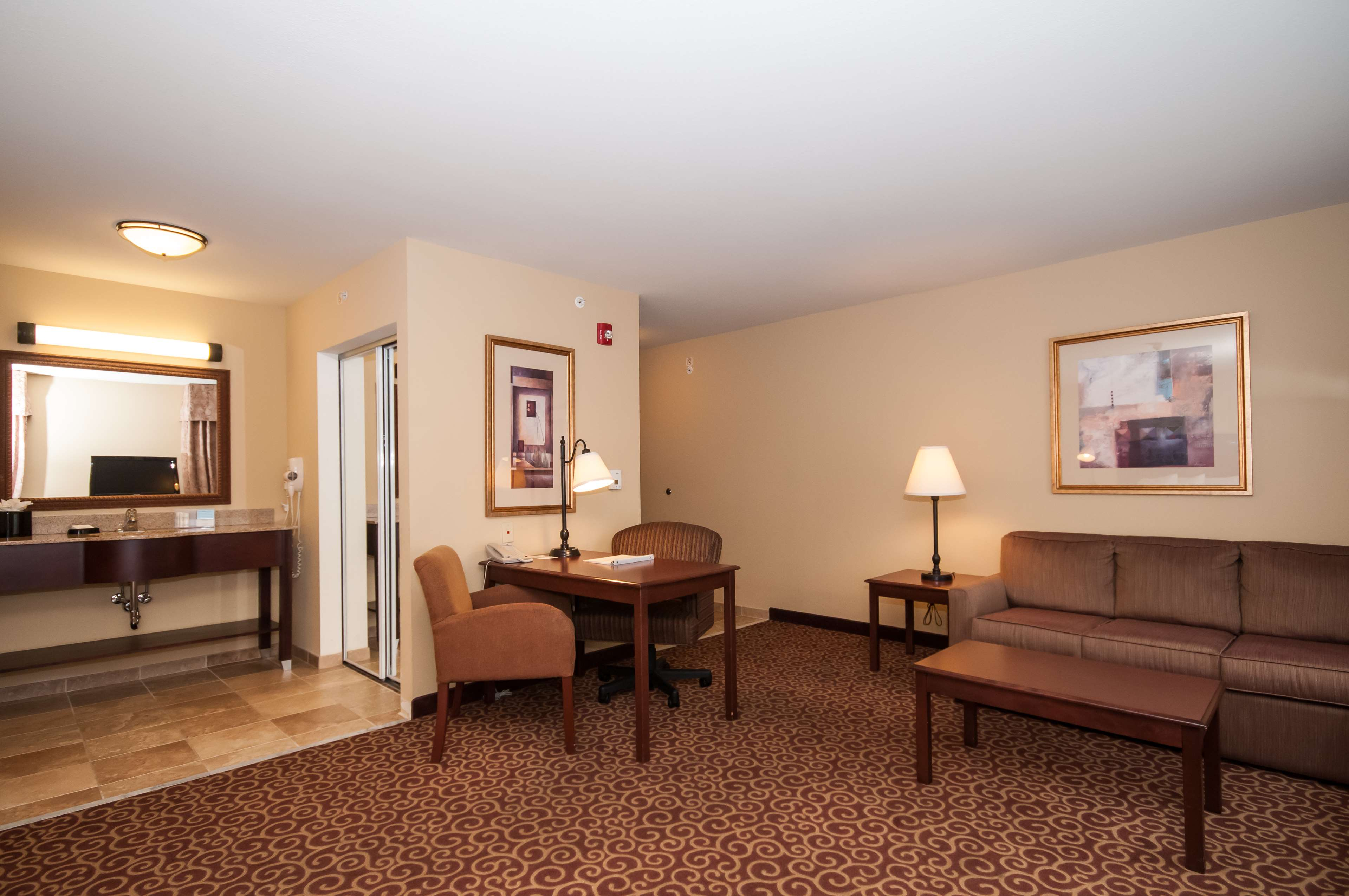 Hampton Inn & Suites Rochester-North image 22