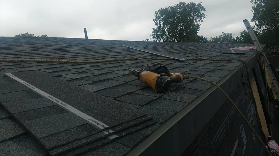 Husky Roofing LLC image 2