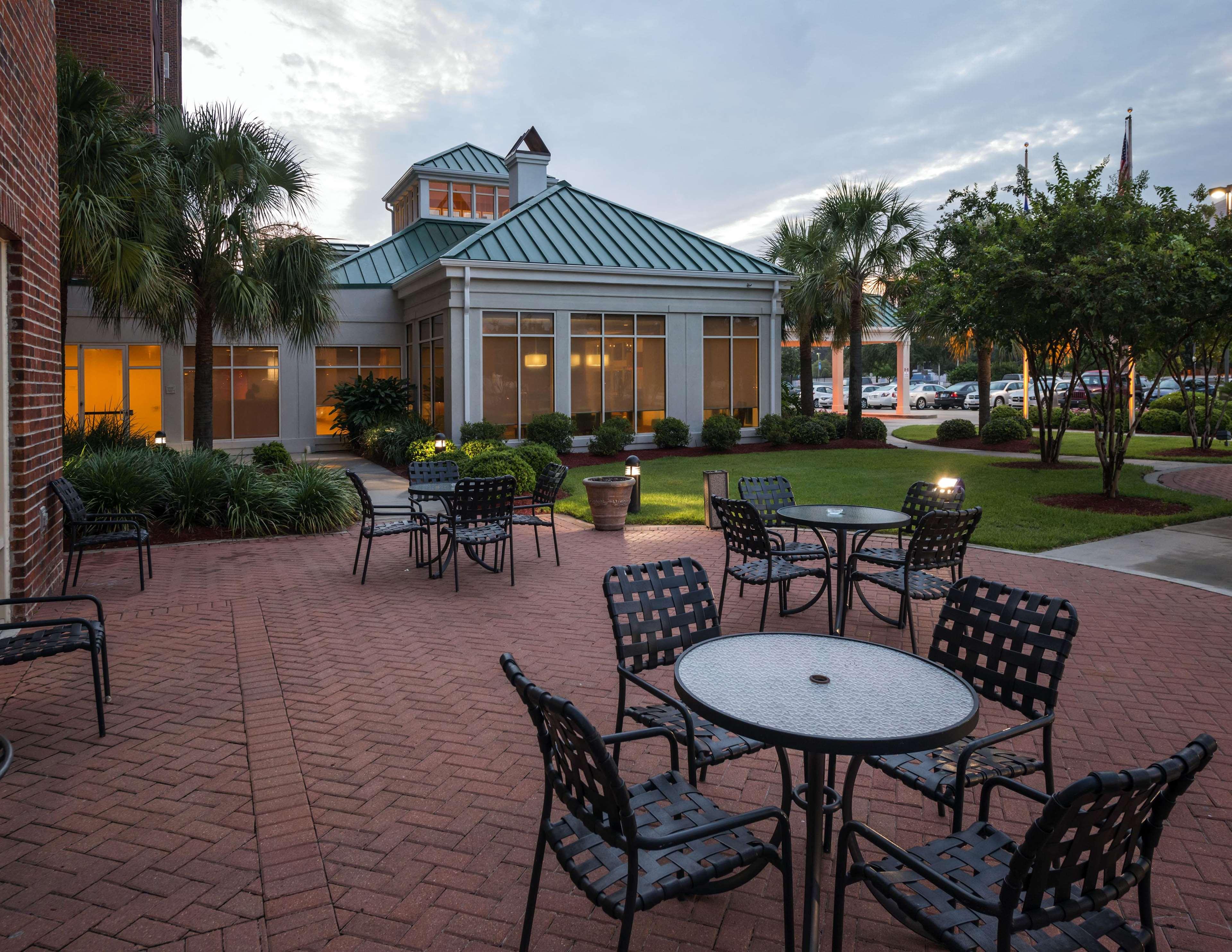 Hilton Garden Inn Lafayette/Cajundome image 1