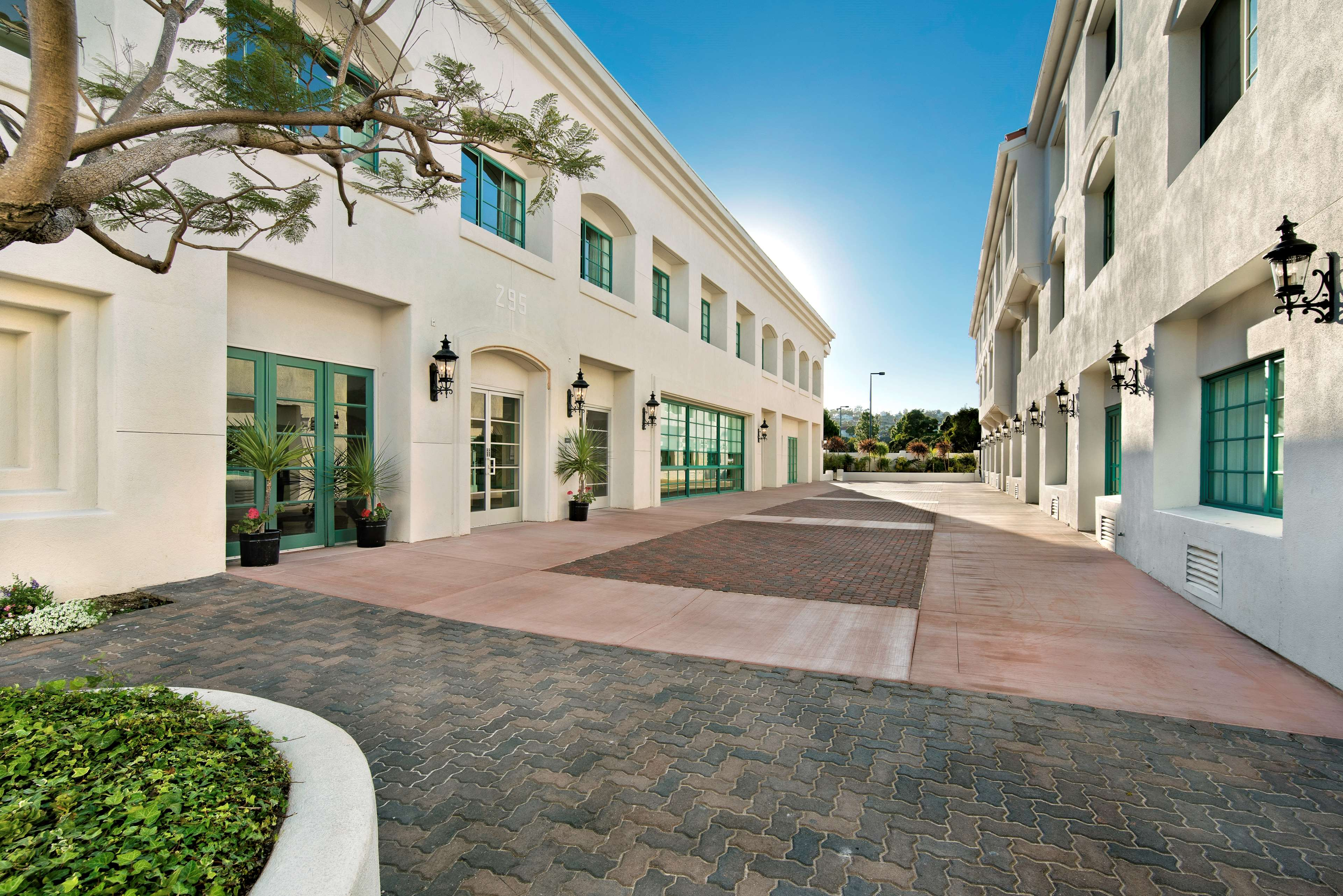 DoubleTree by Hilton Hotel San Pedro - Port of Los Angeles image 26