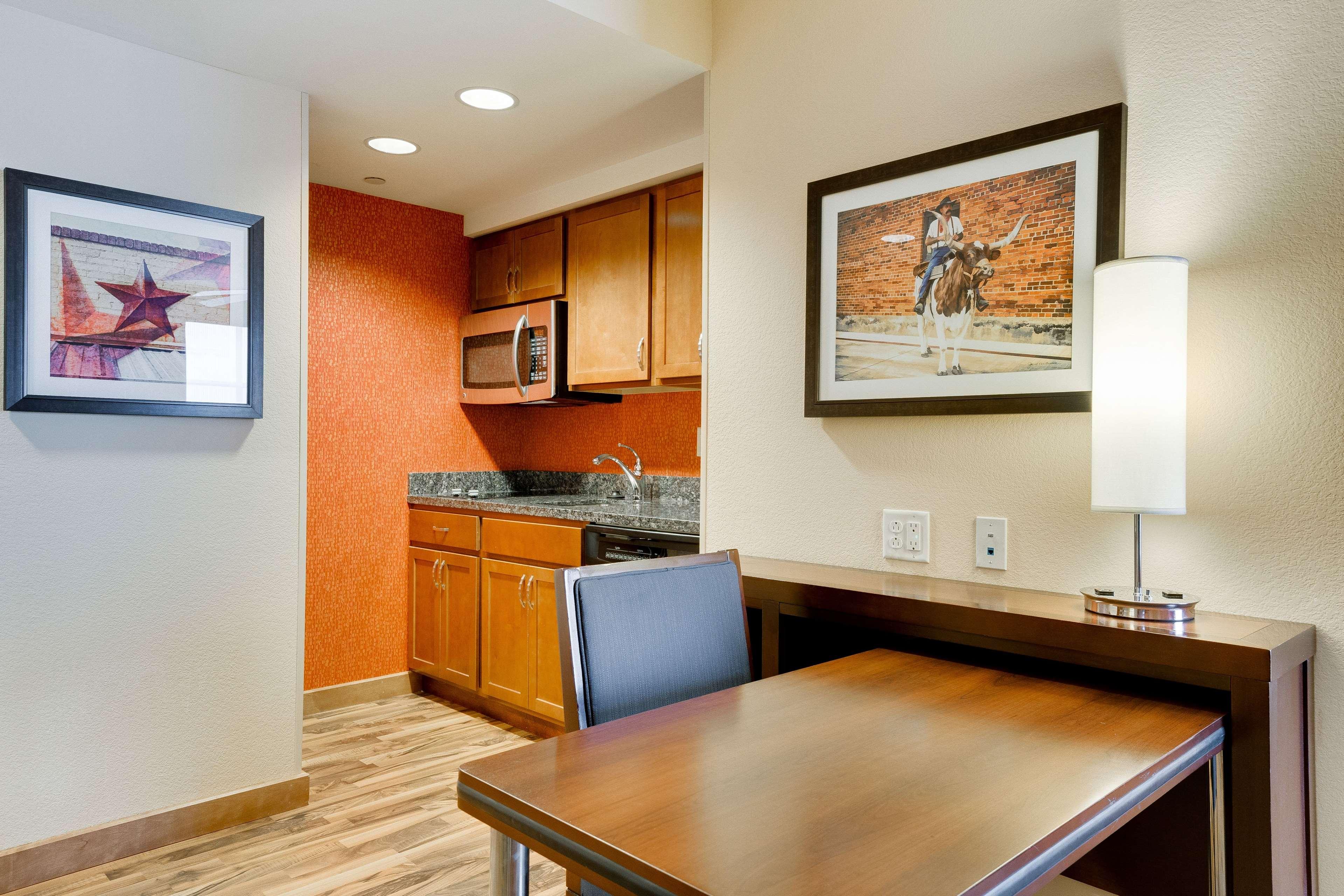 Homewood Suites by Hilton Fort Worth - Medical Center, TX image 11