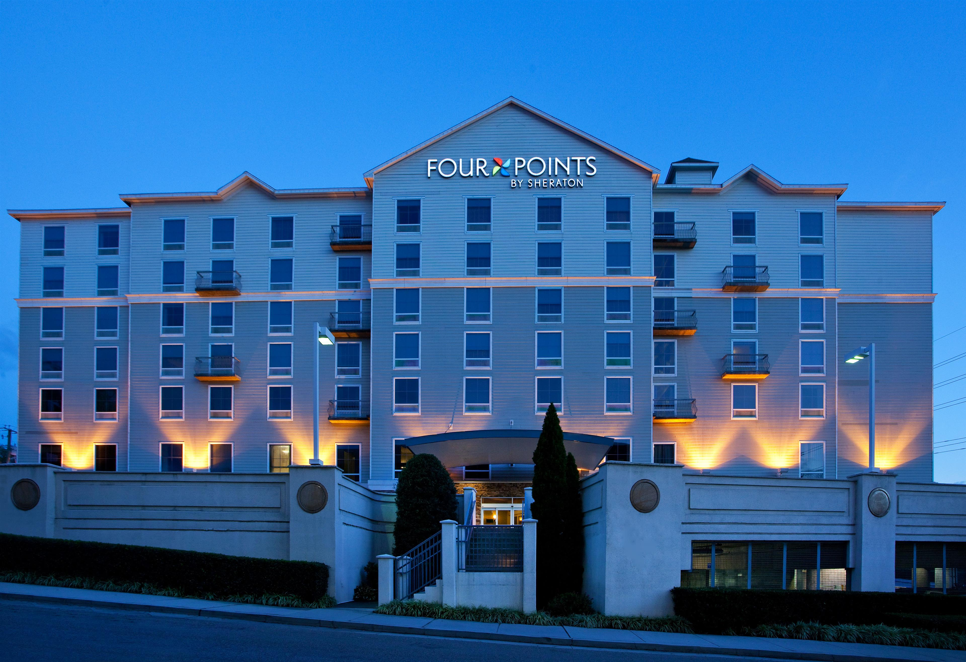 Four Points by Sheraton Knoxville Cumberland House Hotel image 3