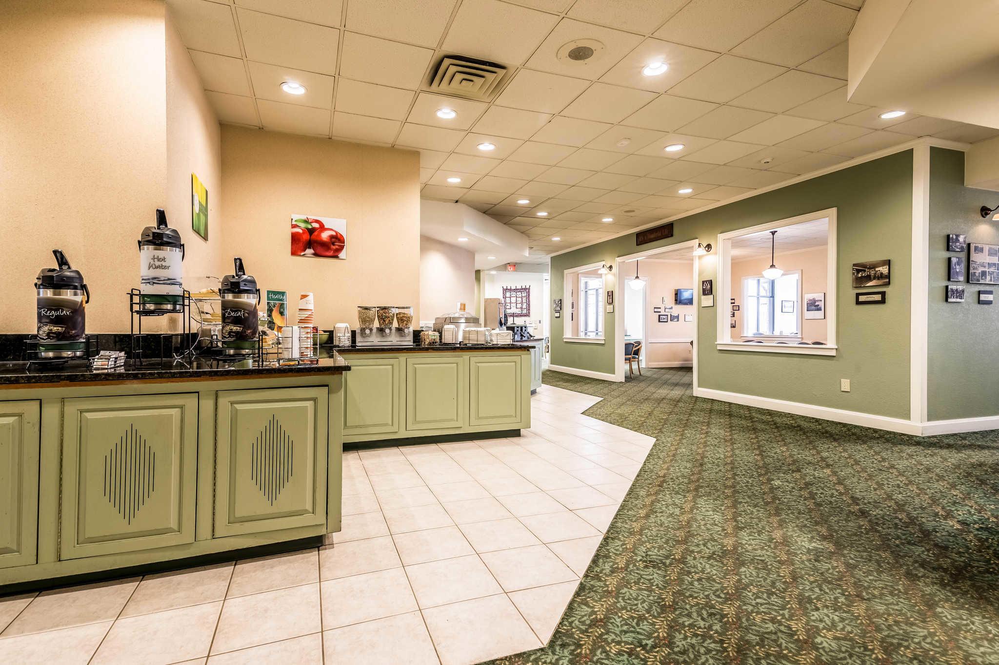 Quality Inn near Finger Lakes and Seneca Falls image 26