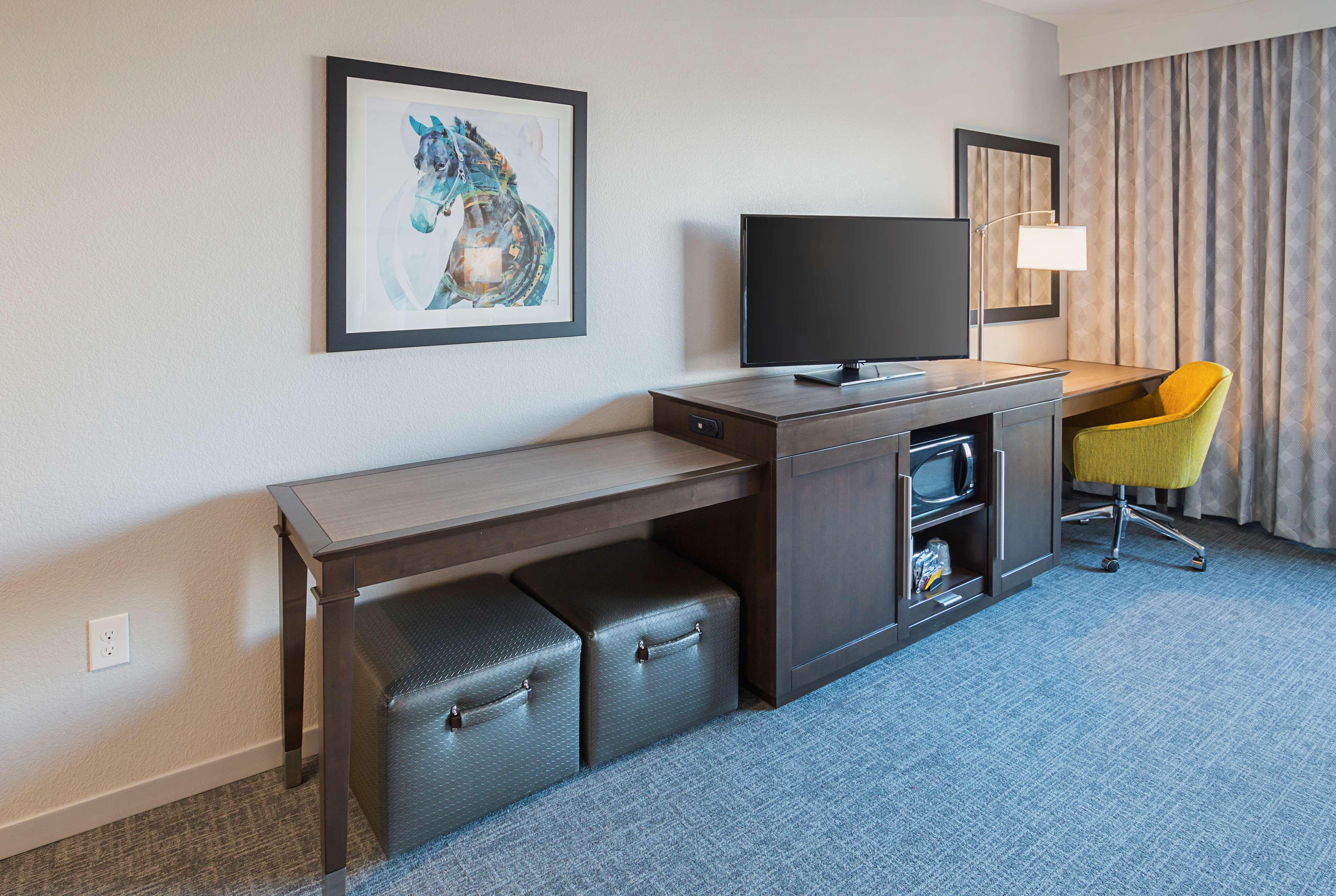 Hampton Inn & Suites Colleyville DFW West image 29
