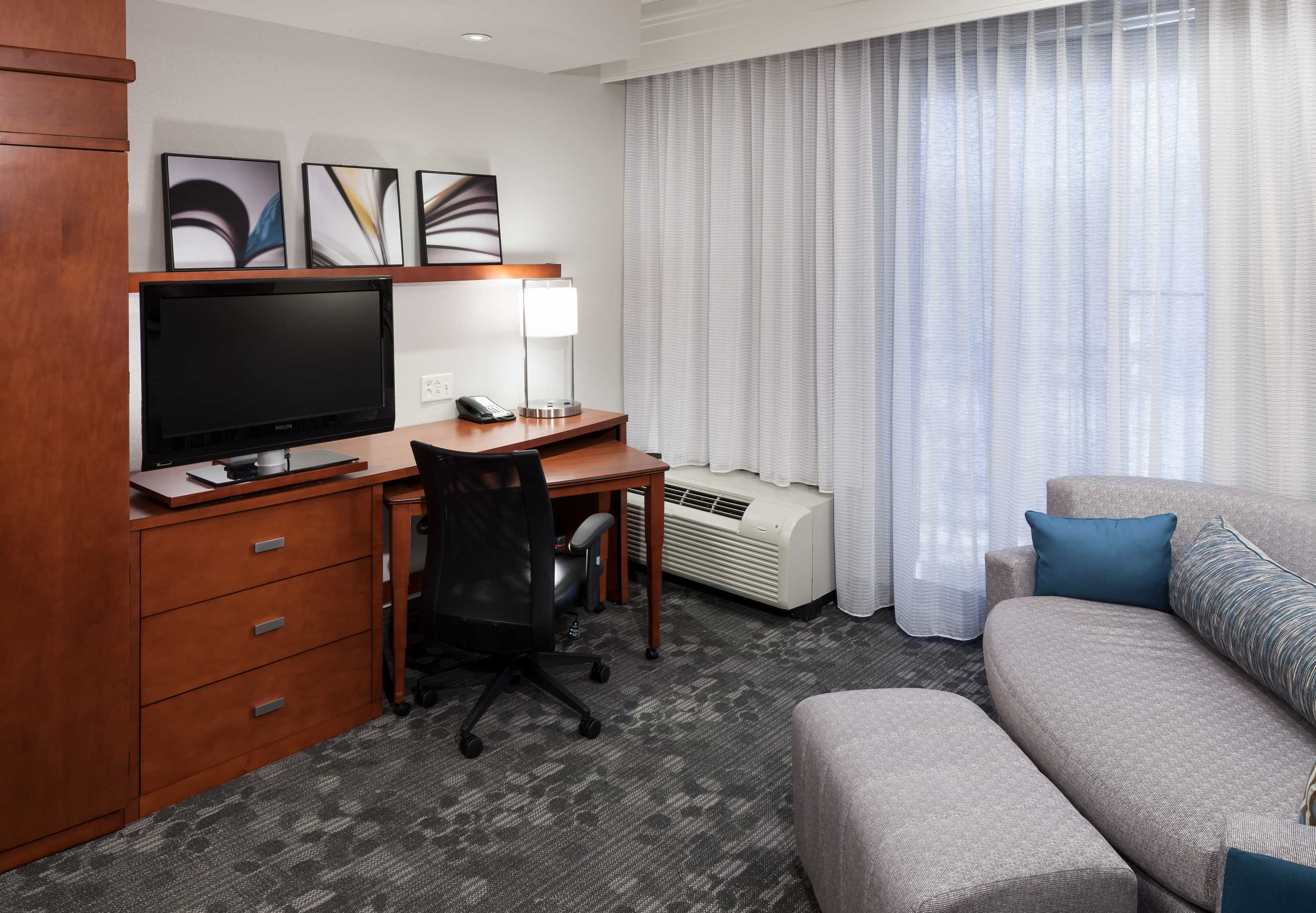 Courtyard by Marriott Franklin Cool Springs image 12