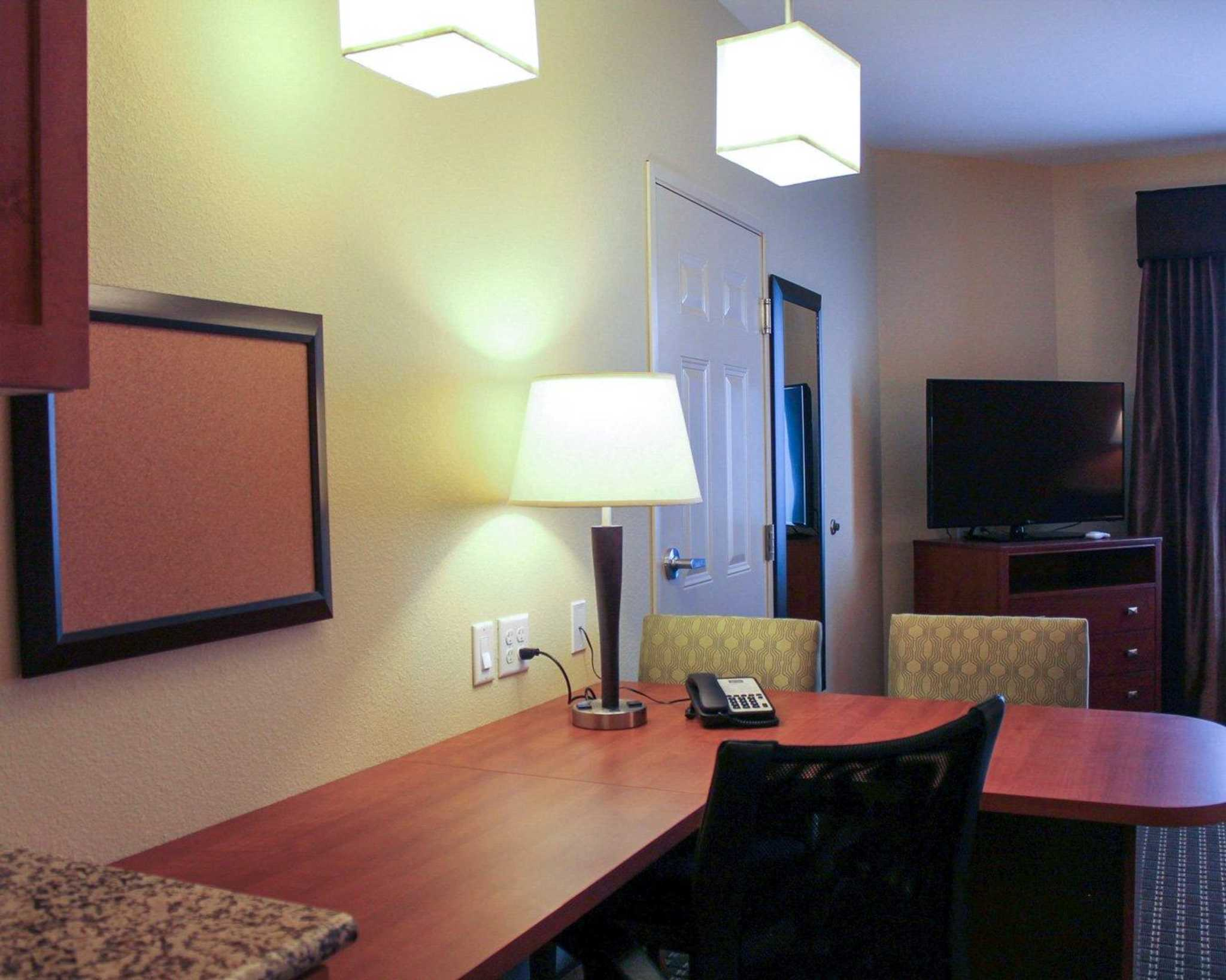 MainStay Suites Tioga image 31