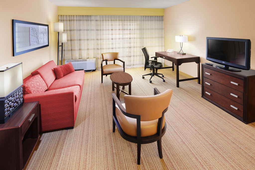Courtyard by Marriott Dallas Richardson at Campbell image 7