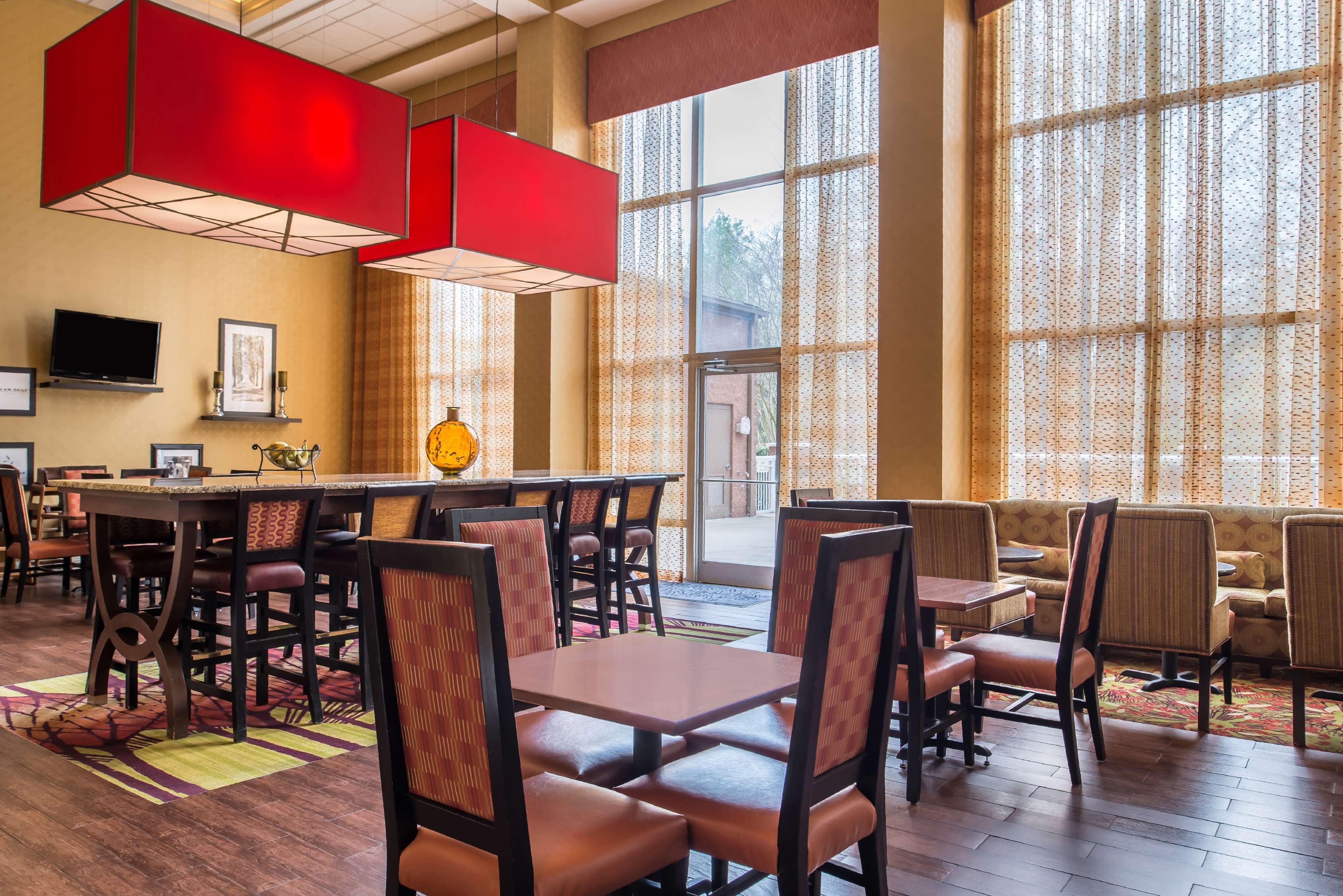 Hampton Inn & Suites Charlotte-Arrowood Rd. image 8