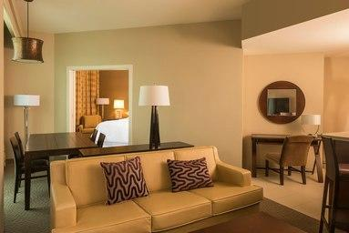 Sheraton Mesa Hotel at Wrigleyville West image 4