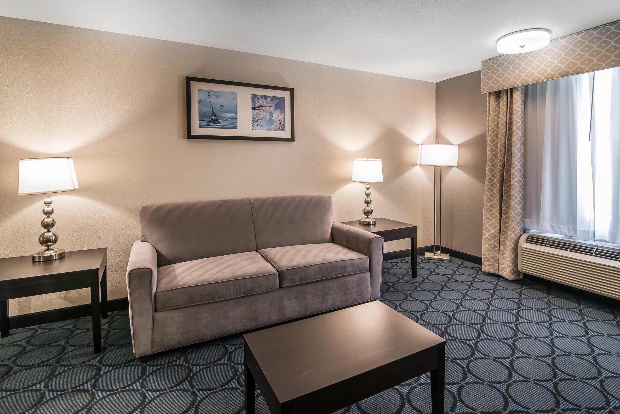 Quality Inn & Suites - Ruidoso Hwy 70 image 17