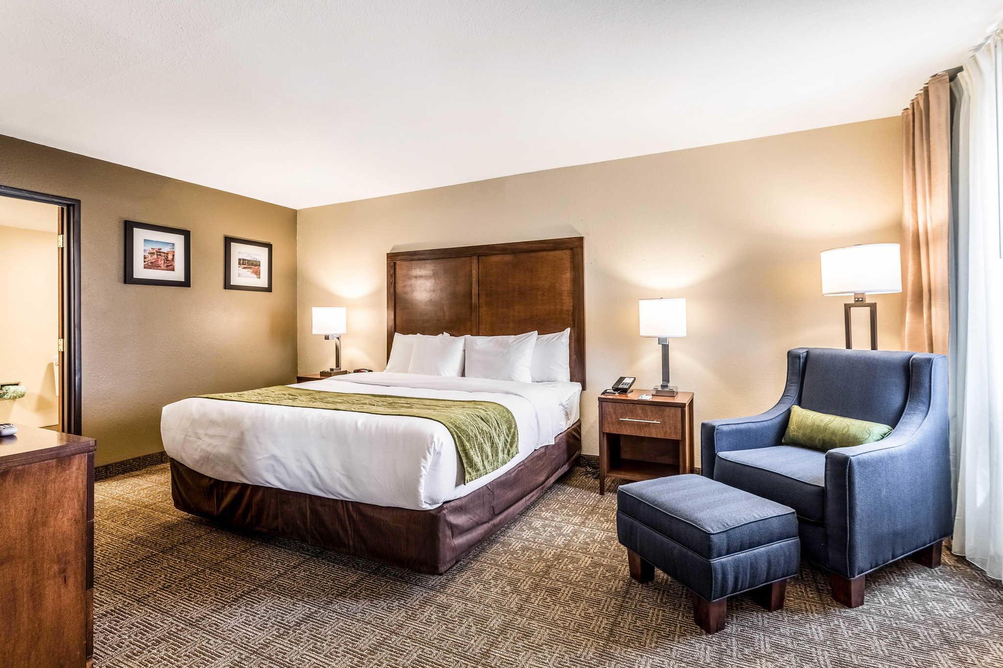 Comfort Inn & Suites Albuquerque Downtown image 18