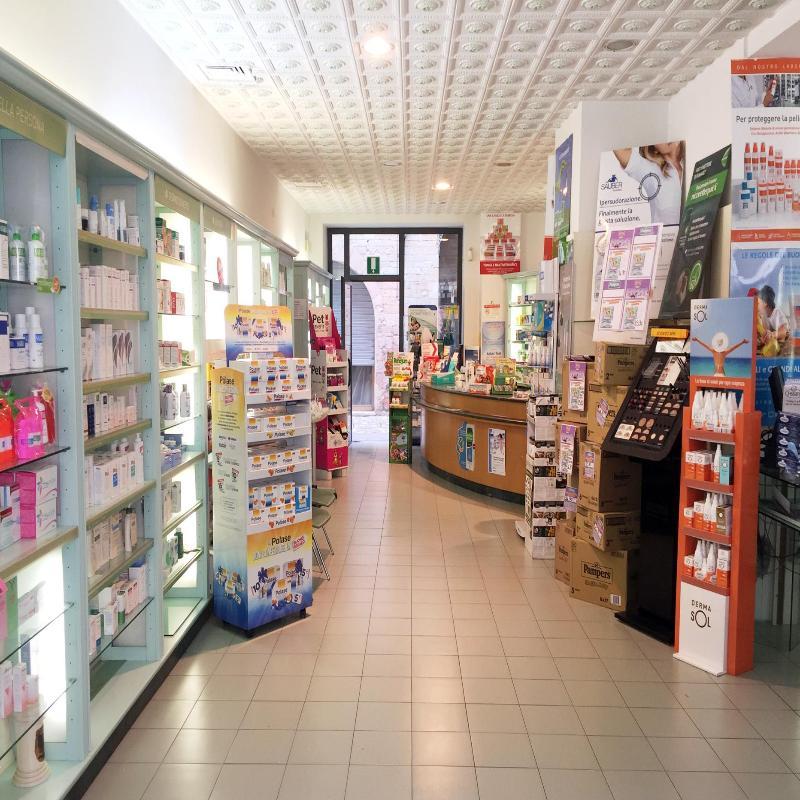 Farmacia Centrale Dr. Mantucci