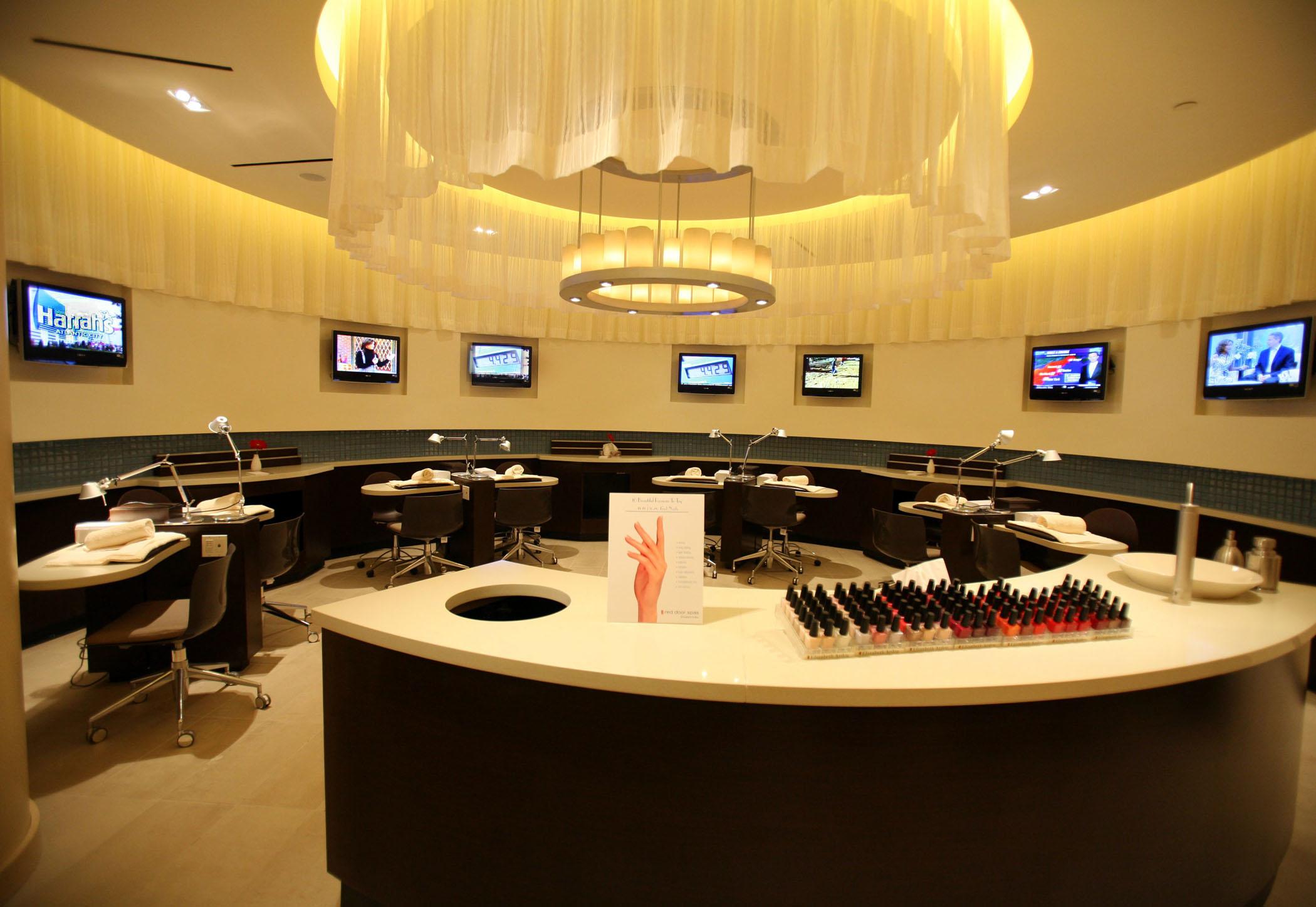The Red Door Salon Spa In Atlantic City Nj Harrahs Resort